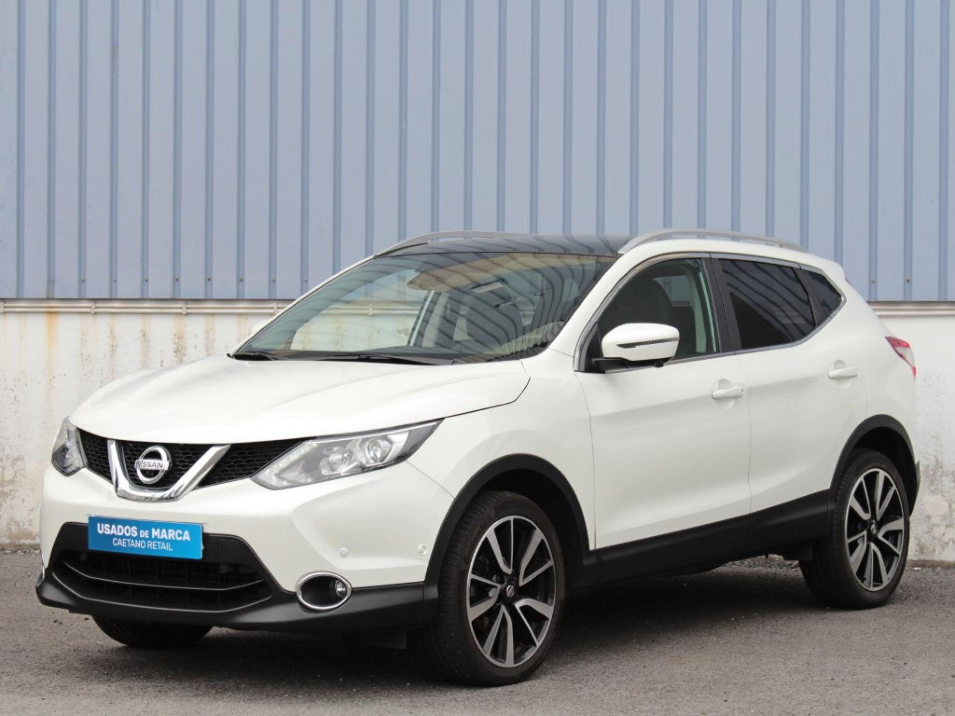 Nissan Qashqai 1.6 dCi 130cv Tekna Premium R segunda mão Porto