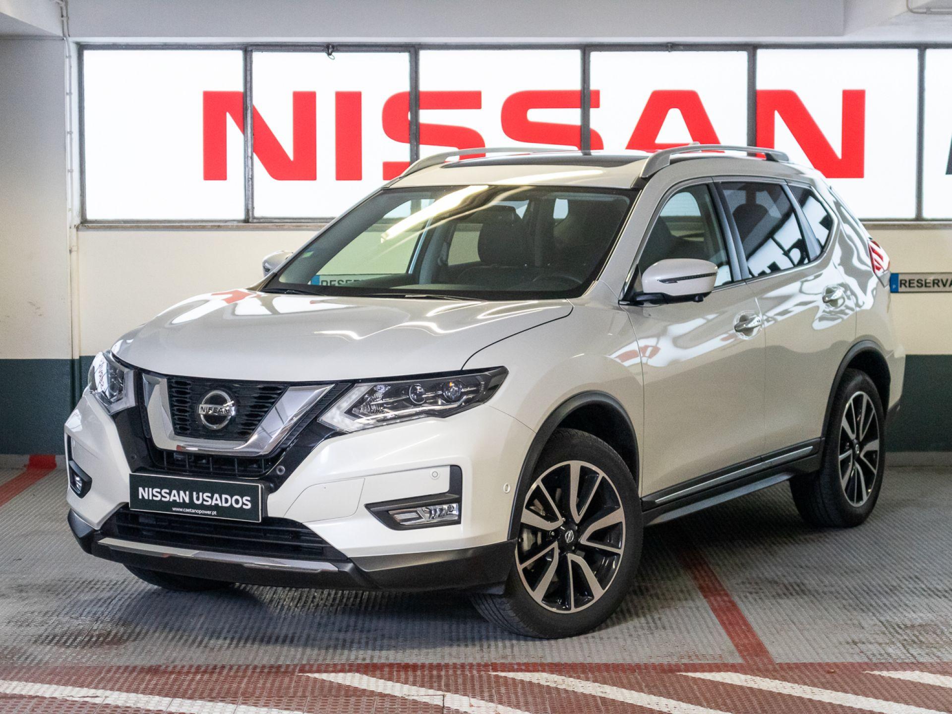 Nissan X-Trail 7L 1.7 dCi 150CV TEKNA CVT segunda mão Lisboa