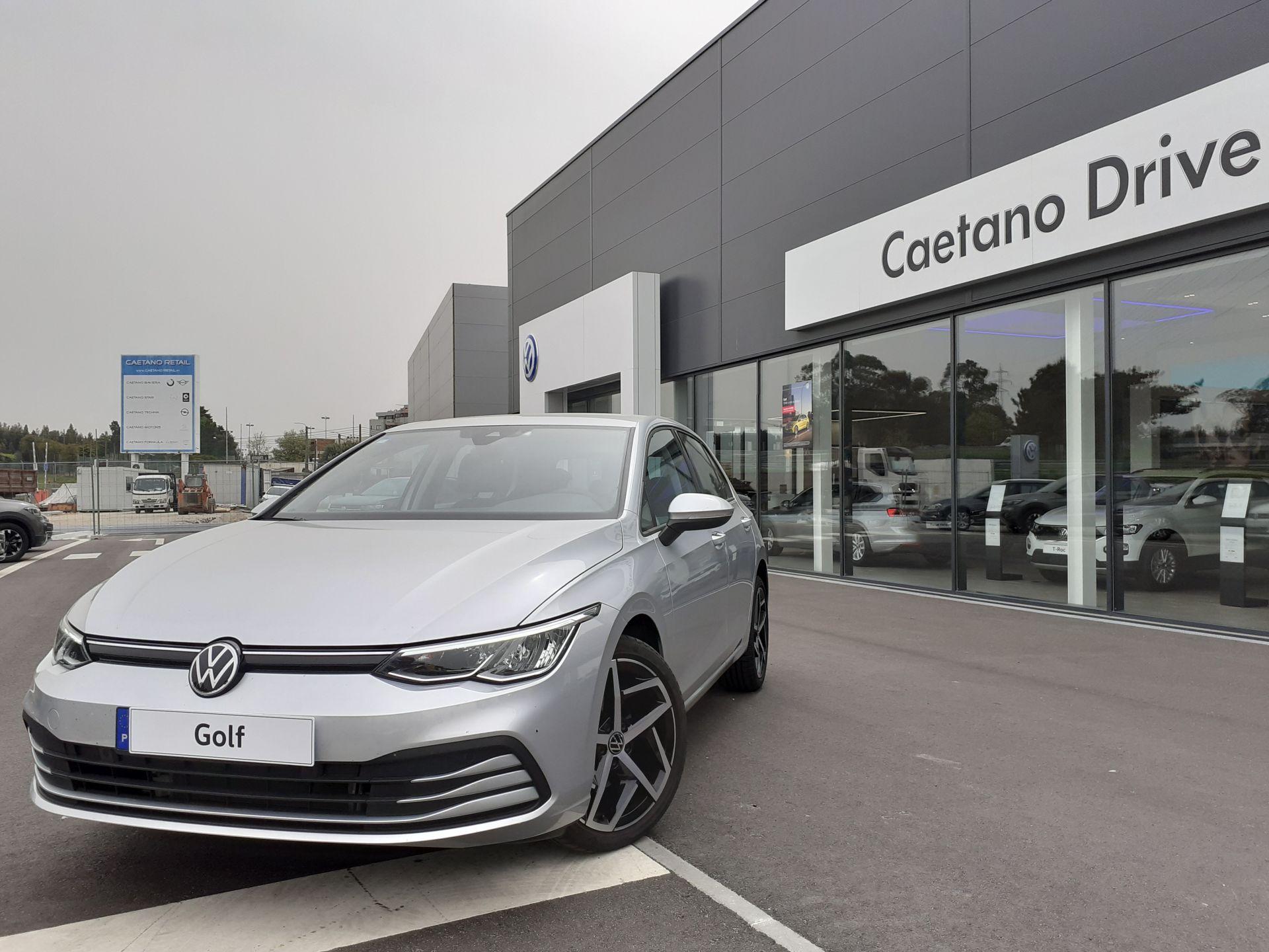 Volkswagen Golf 2.0 TDI 115cv Life segunda mão Porto