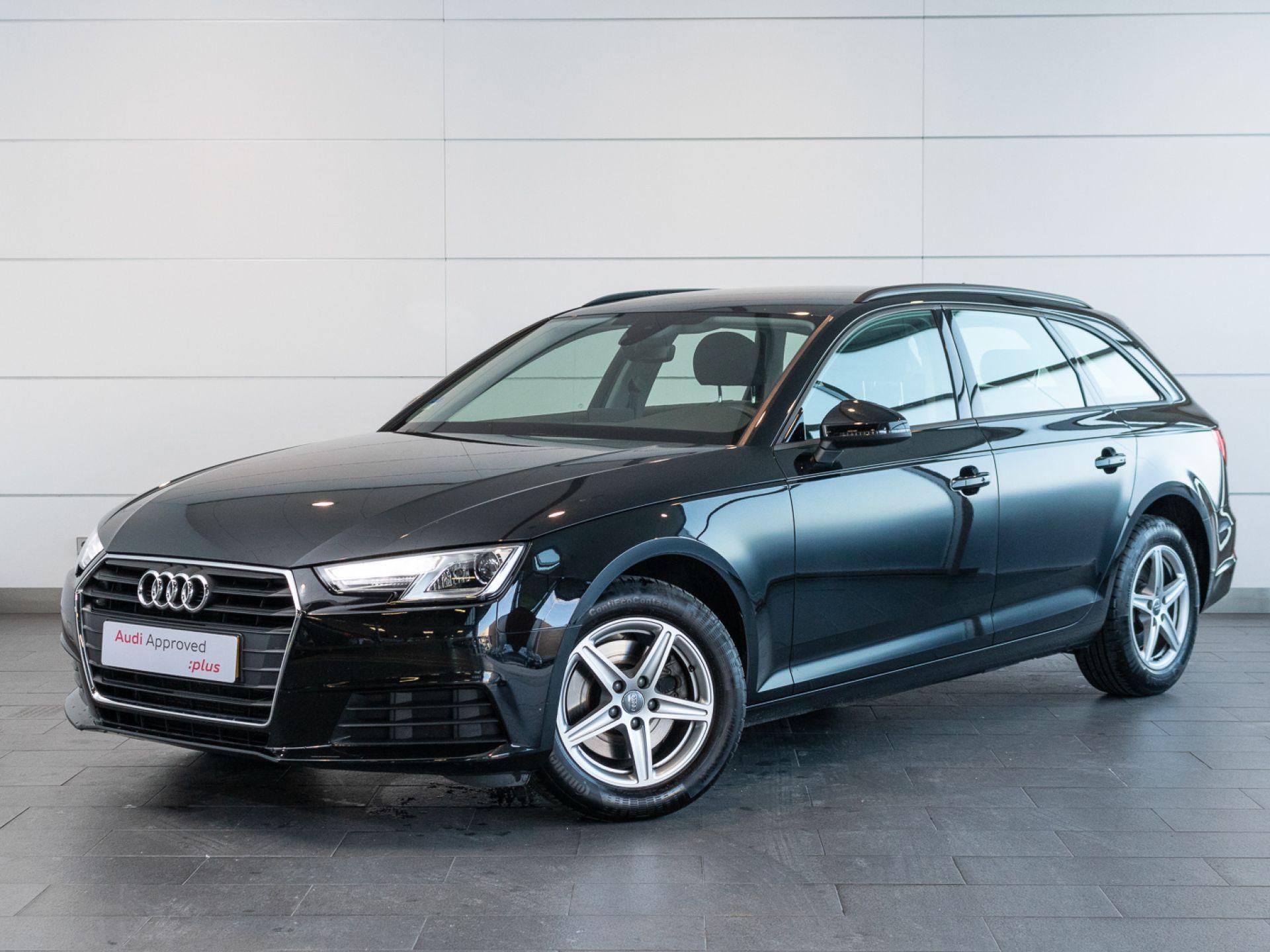 Audi A4 35 TDI S tronic Avant Business Line  segunda mão Setúbal