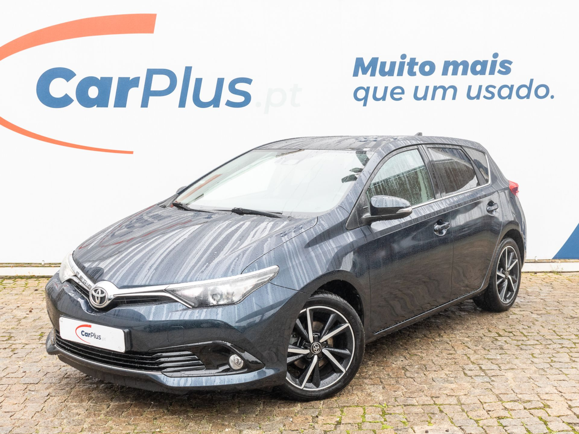 Toyota Auris 1.2T Comfort segunda mão Lisboa