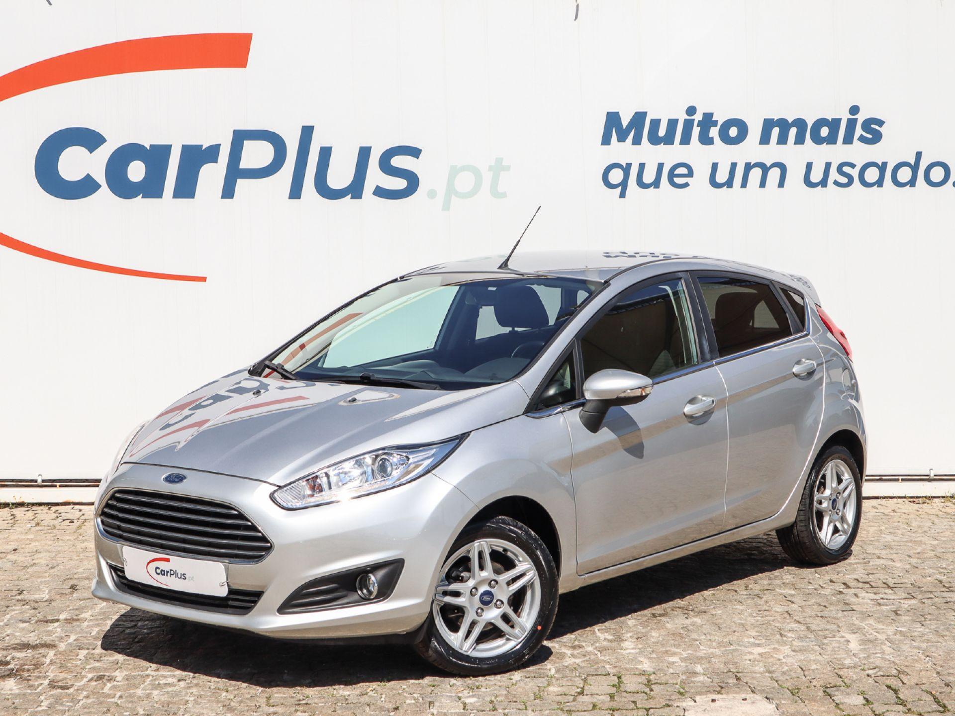 Ford Fiesta 1.0 Ti-VCT 80CV S/S Titanium segunda mão Lisboa