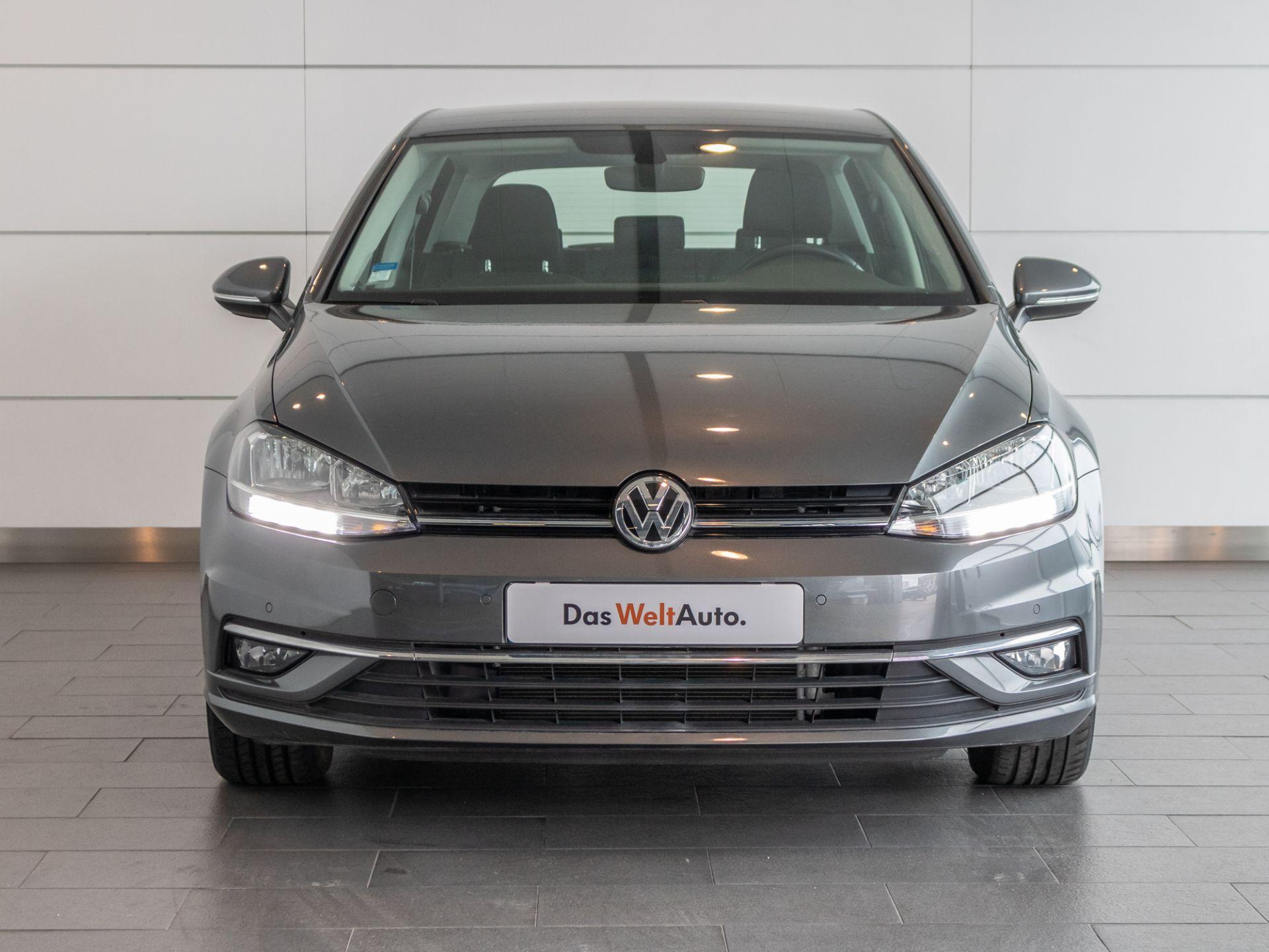 Volkswagen Golf 1.0 TSI 115cv Stream usada Setúbal