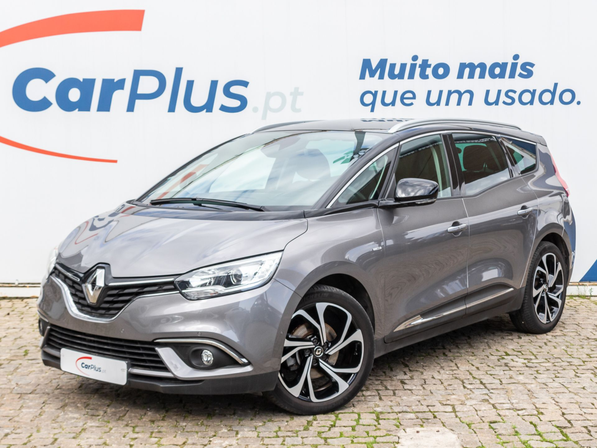 Renault Grand Scenic 1.3 TCe 160 FAP Bose Edition segunda mão Lisboa