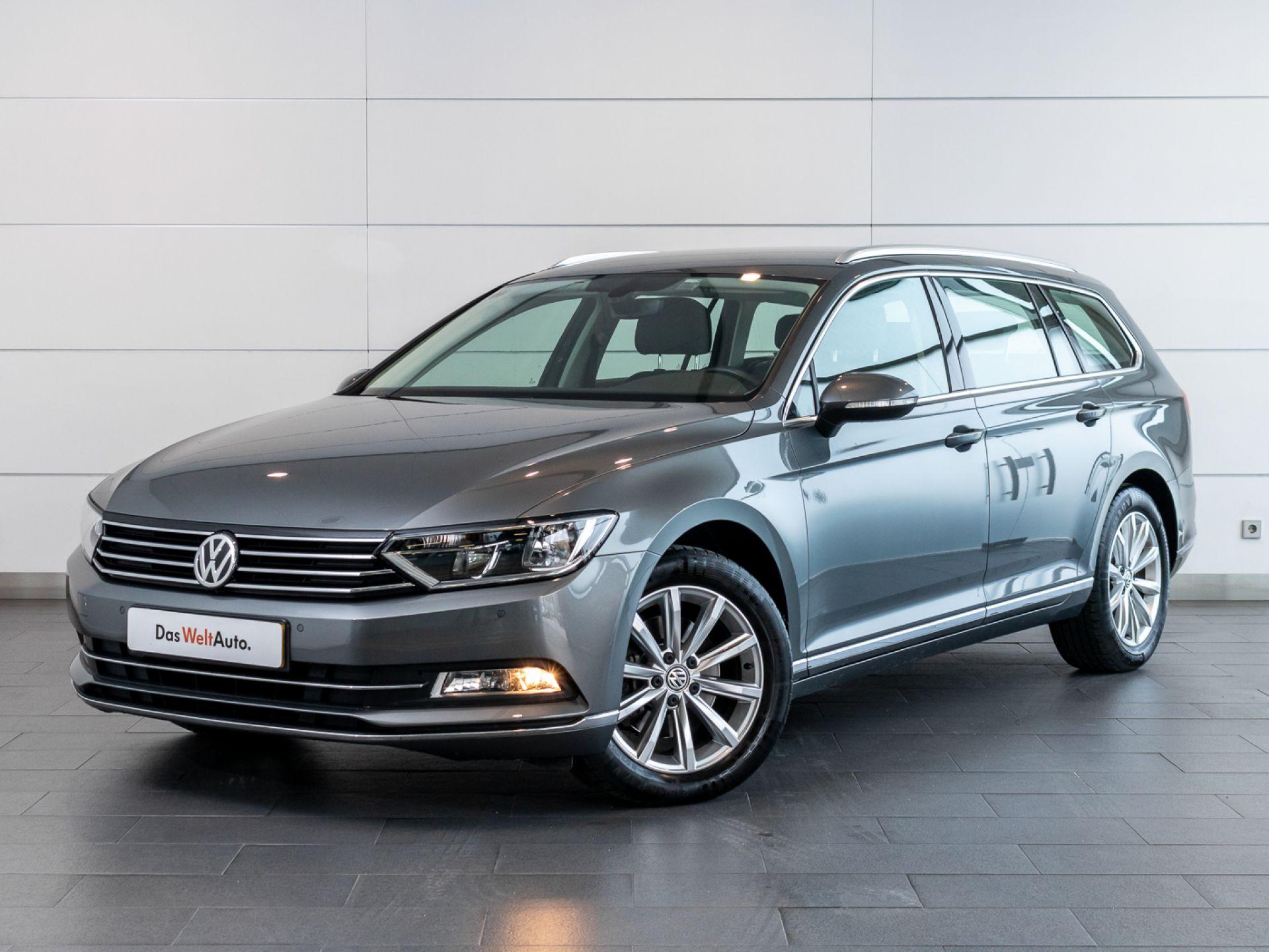 Volkswagen Passat 1.6 TDI HIGHLINE VARIANT usada Setúbal