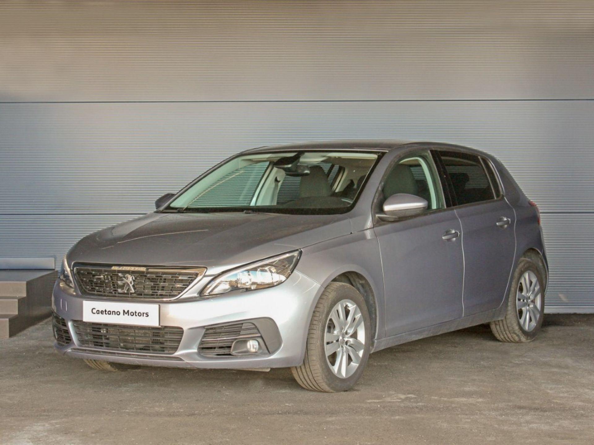 Peugeot 308 Active 1.6 BlueHDi 100cv CVM5 usada Porto