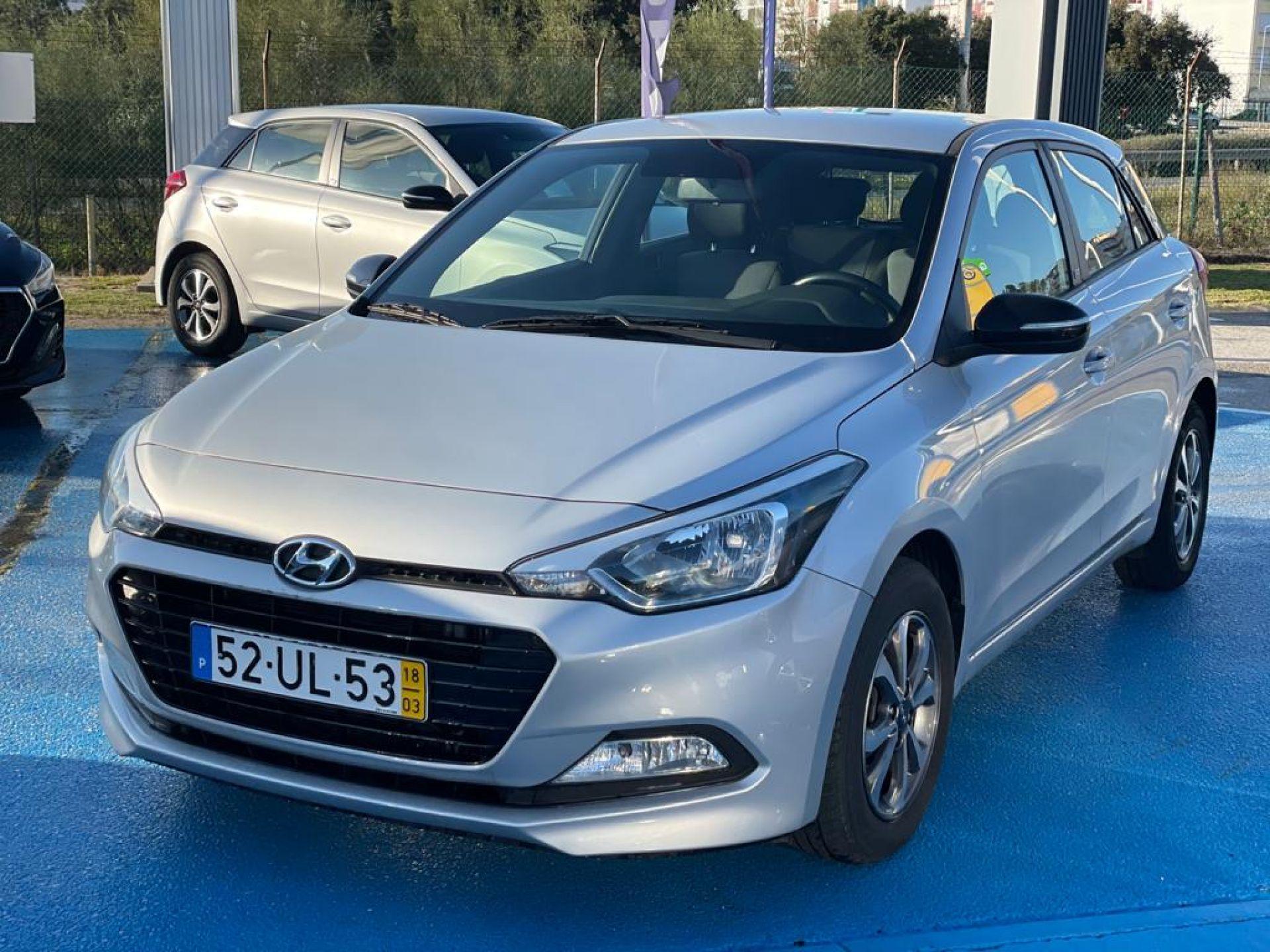 Hyundai i20 1.1 5 P GL CRDi GO segunda mão Setúbal
