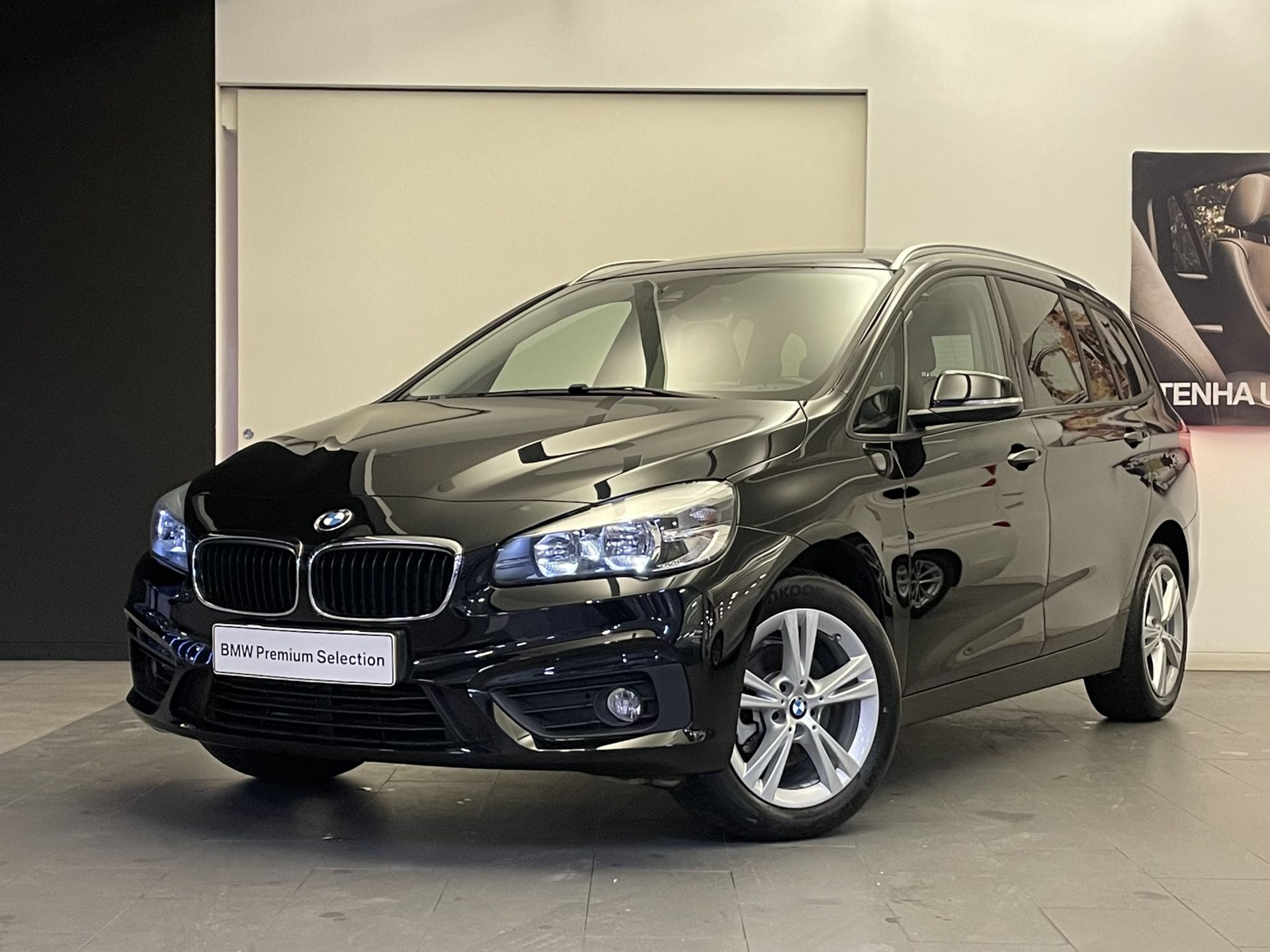 BMW Serie 2 Gran Tourer 216d Gran Tourer Line Sport segunda mão Lisboa
