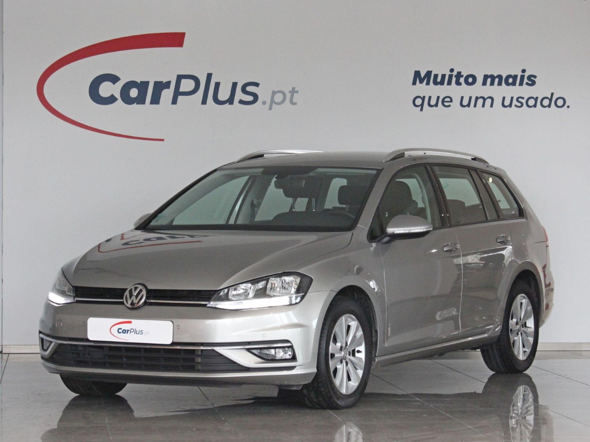 Volkswagen Golf 1.6 TDI 115cv Confortline DSG Variant segunda mão Braga
