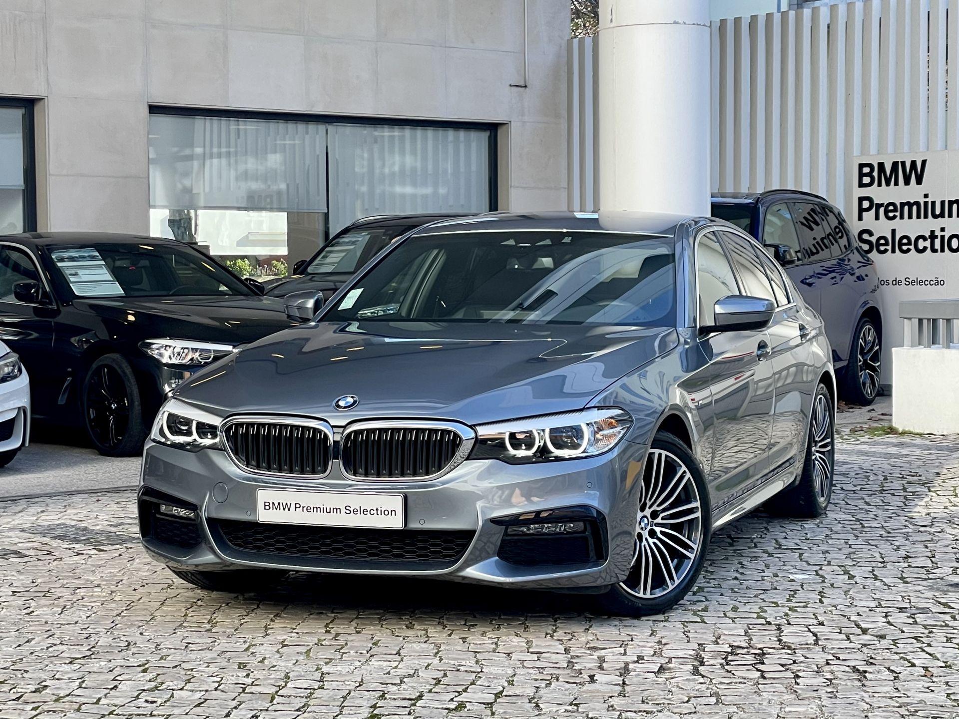 BMW Serie 5 520d Pack M Auto segunda mão Lisboa