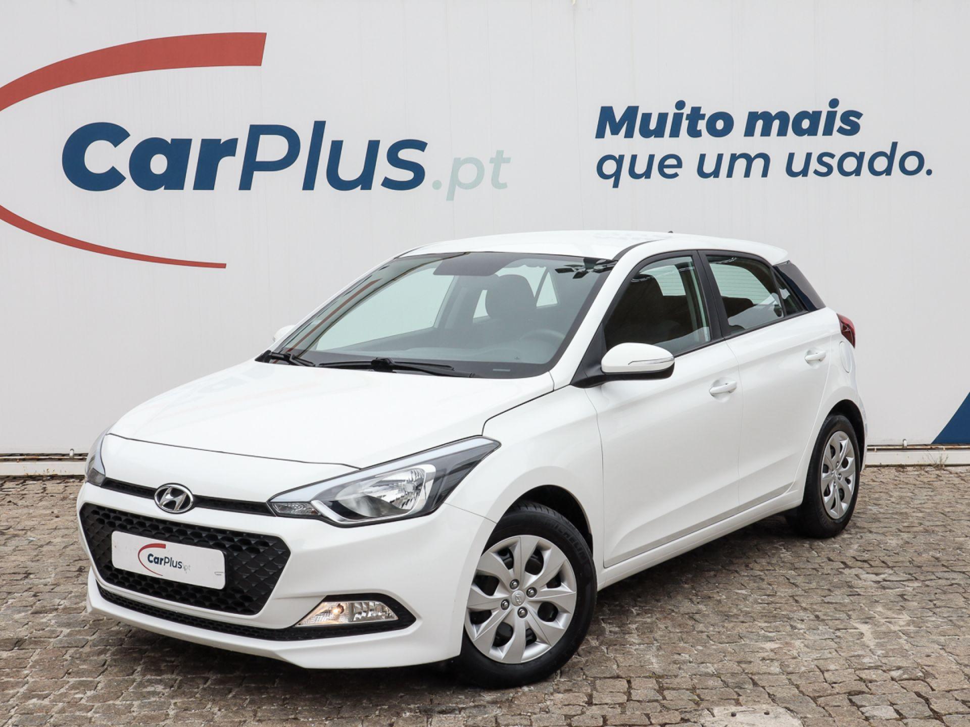 Hyundai i20 1.1 CRDi 75Cv Access+Bth+Comandos segunda mão Lisboa
