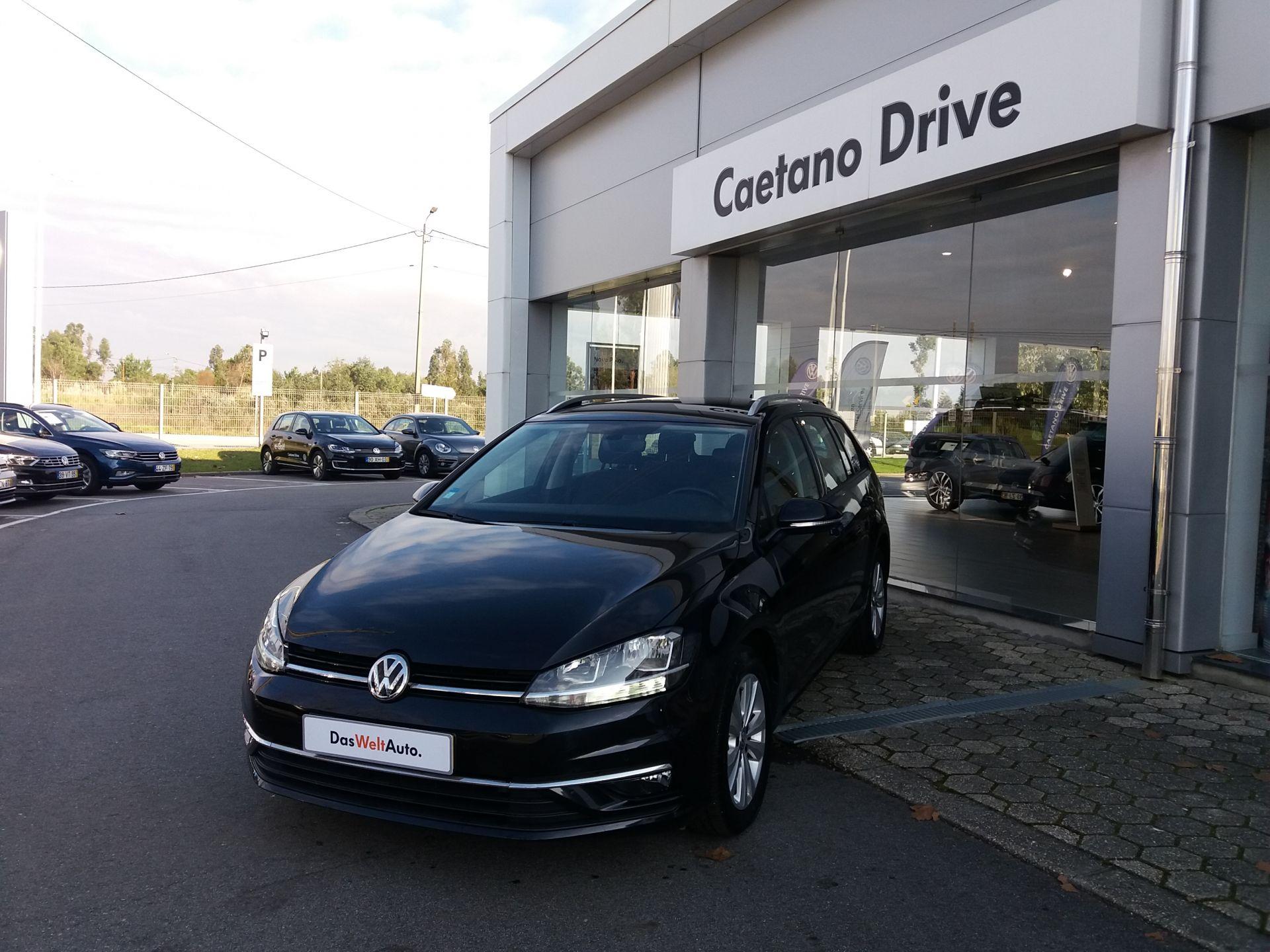Volkswagen Golf 1.6 TDI 115cv Confortline Variant usada Aveiro