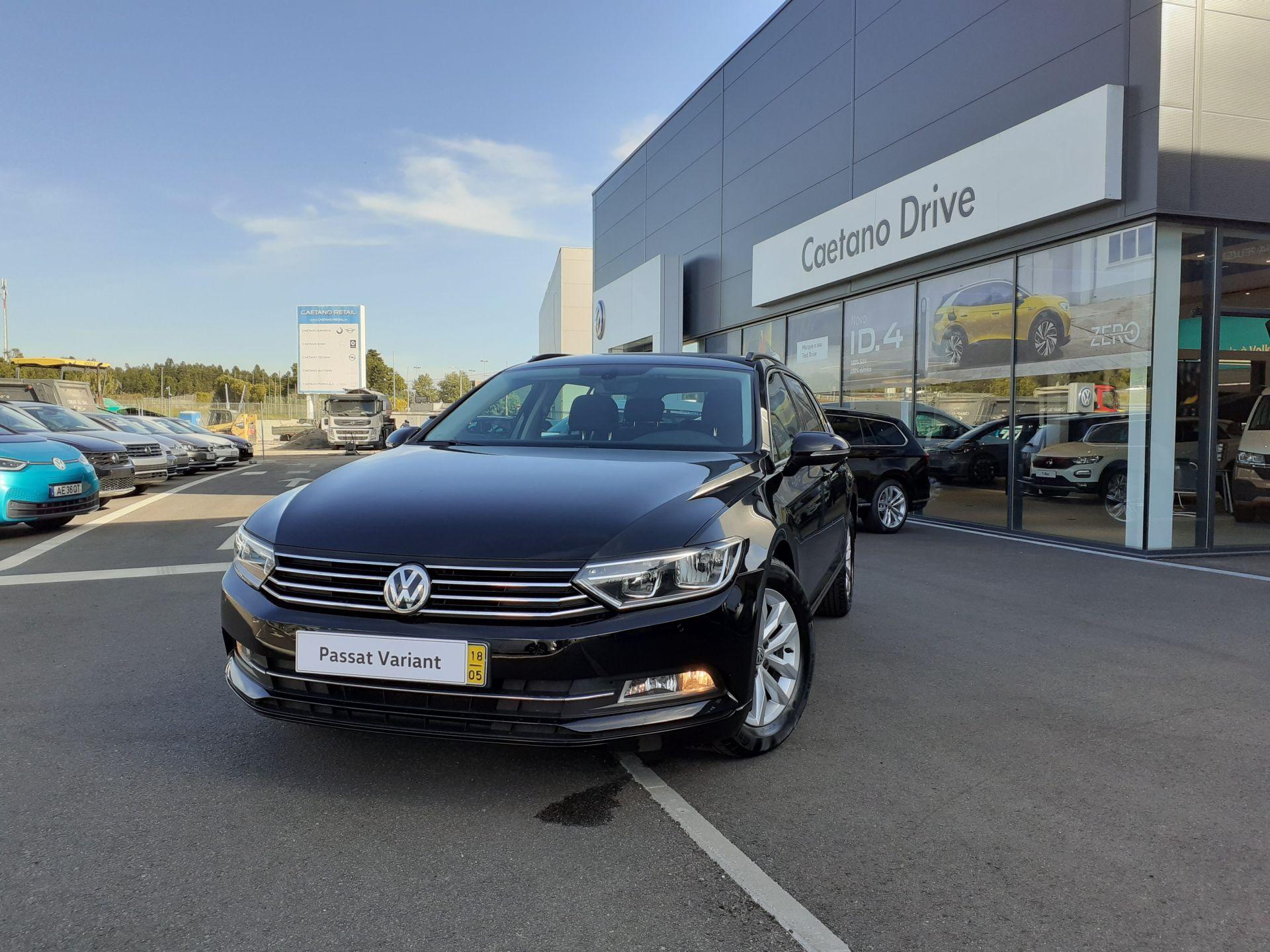 Volkswagen Passat 1.6 TDI CONFORTLINE VARIANT usada Porto