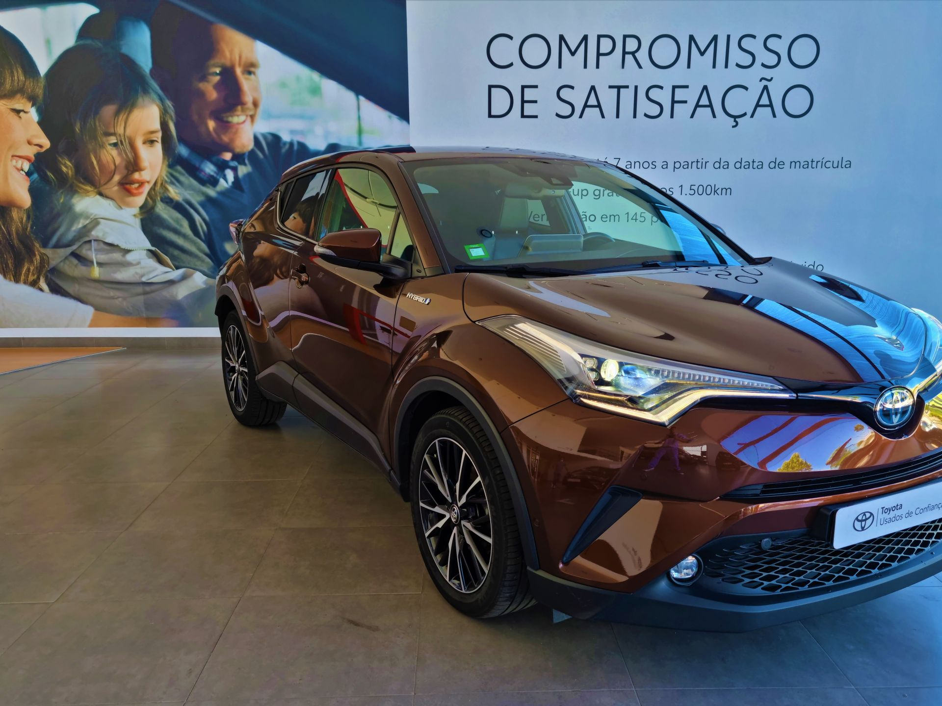 Toyota C-HR 1.8 HSD Exclusive + Pack Luxury usada Portalegre
