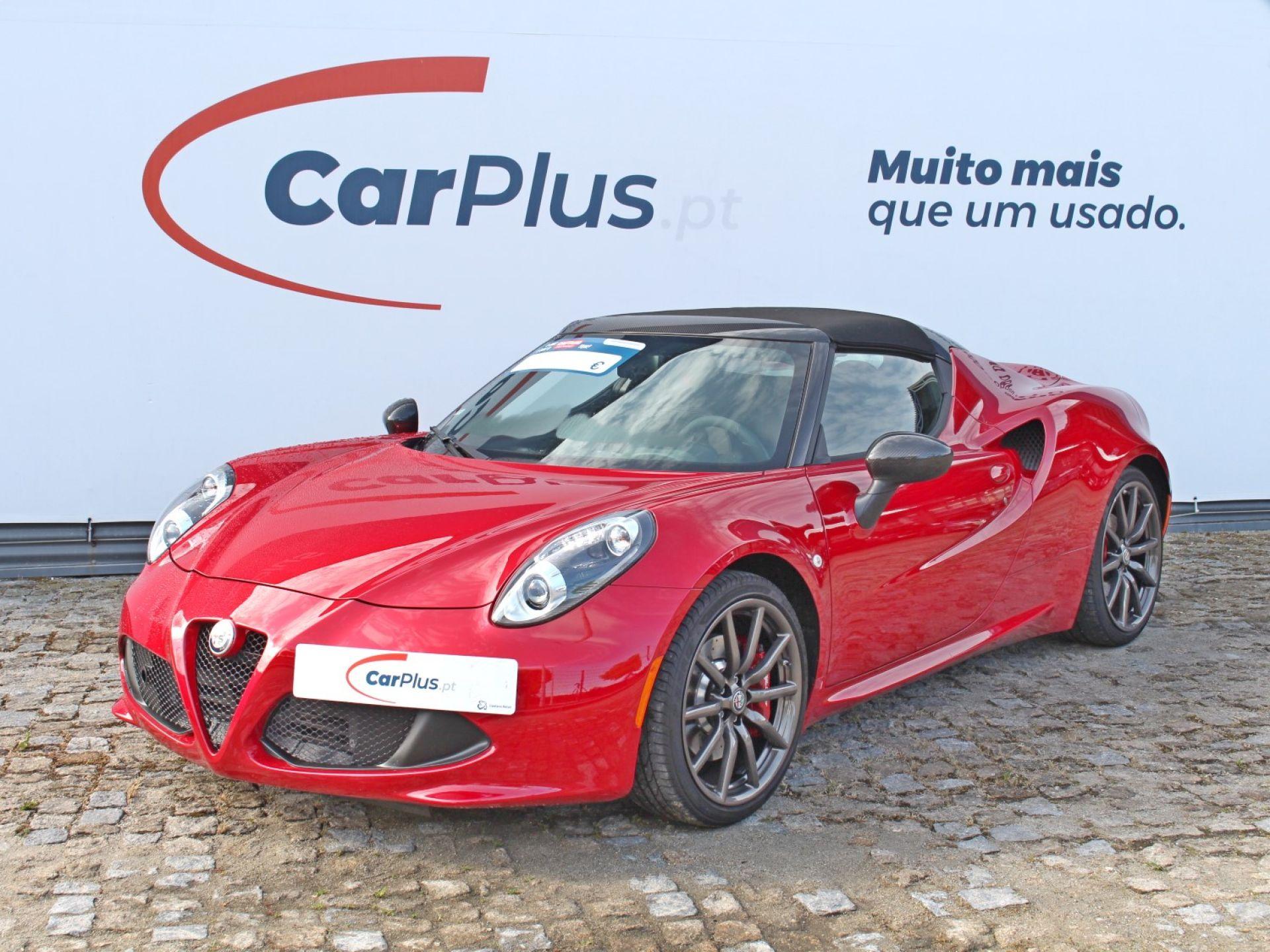 Alfa Romeo 4C 1.750 Turbogasolina 240cv TCT Spider segunda mão Porto