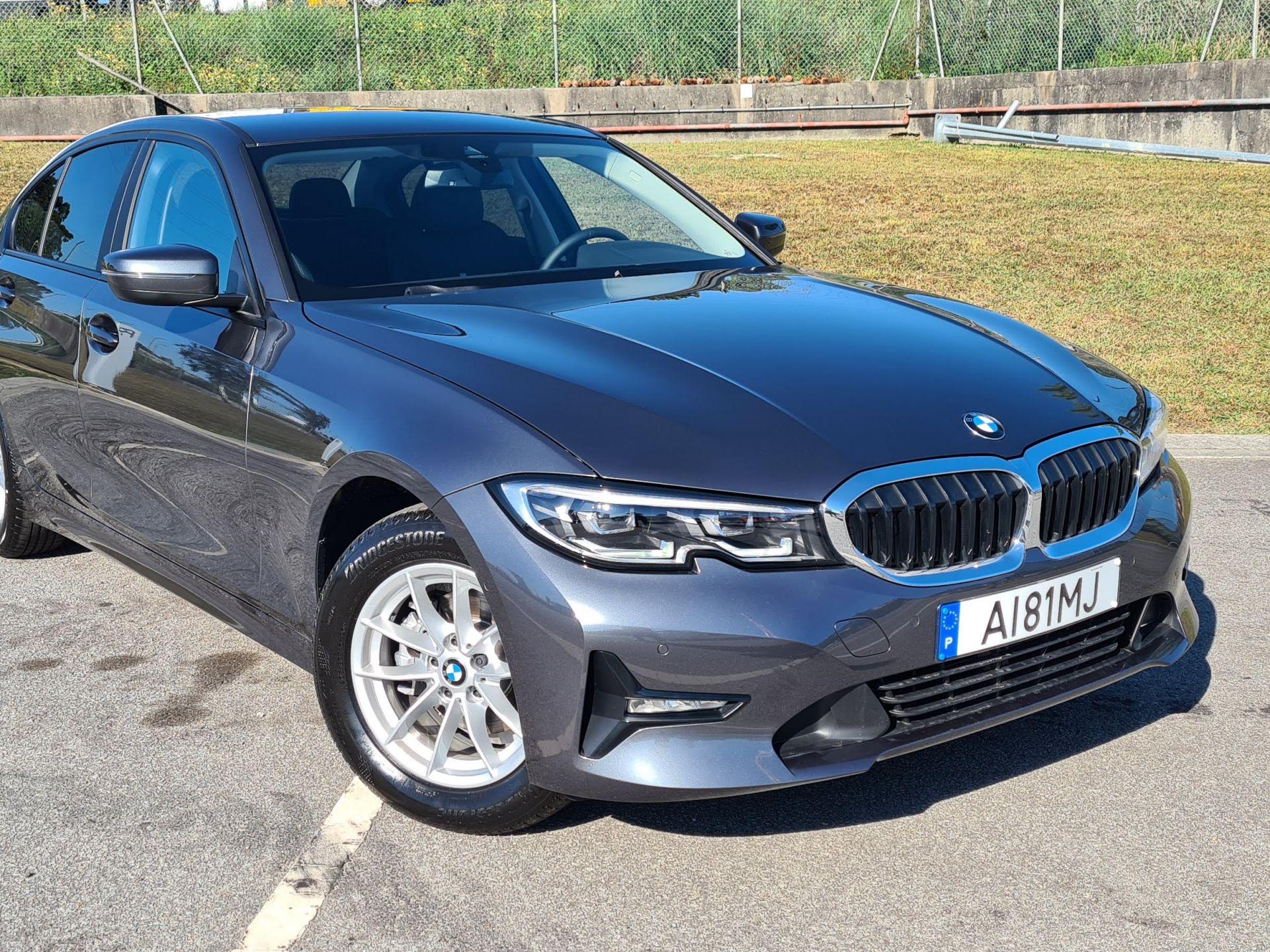 BMW Serie 3 316d Auto 48V usada Porto
