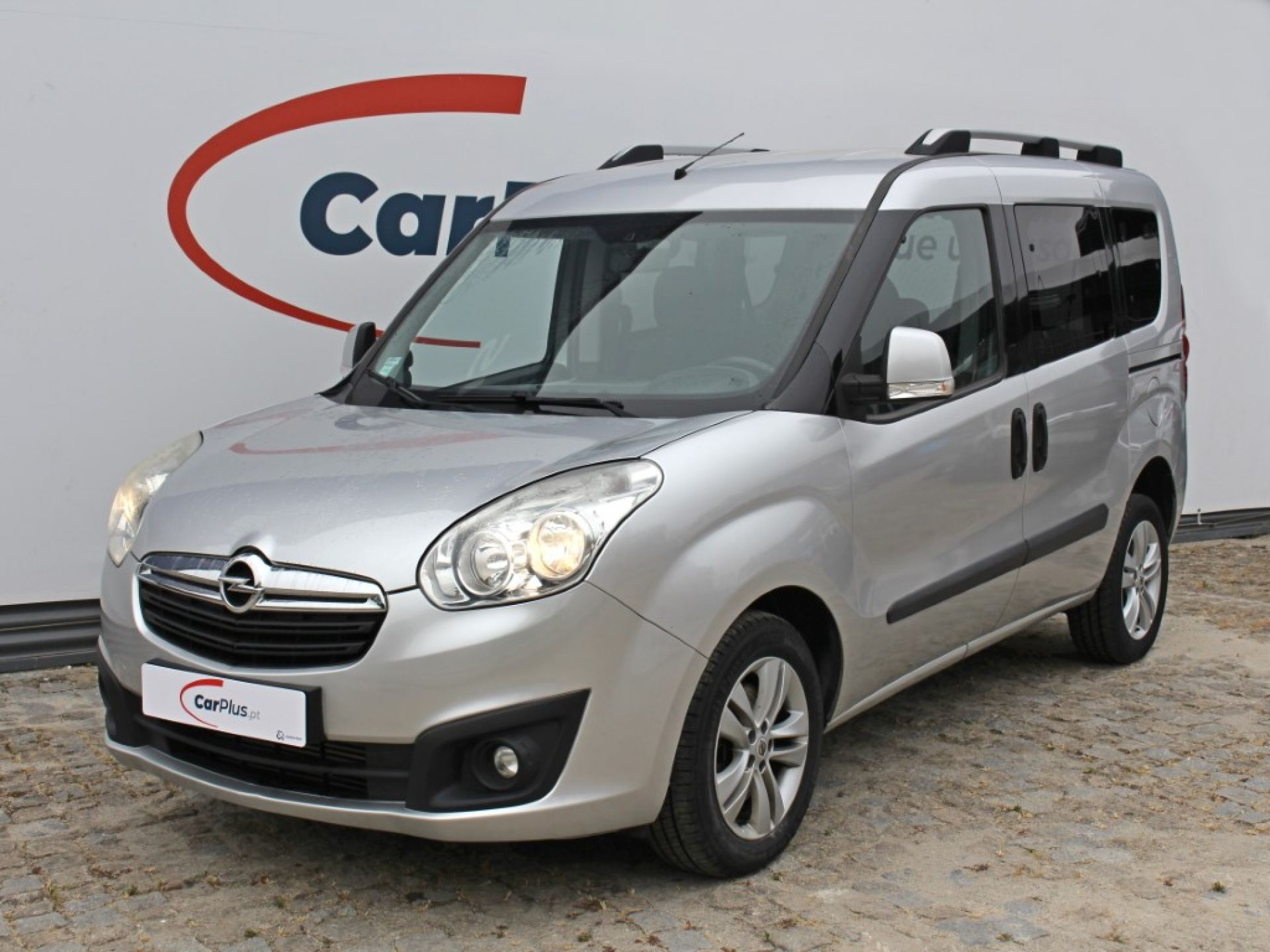 Opel Combo 1.6CDTI 105cv S/S 5lug. Tour segunda mão Porto