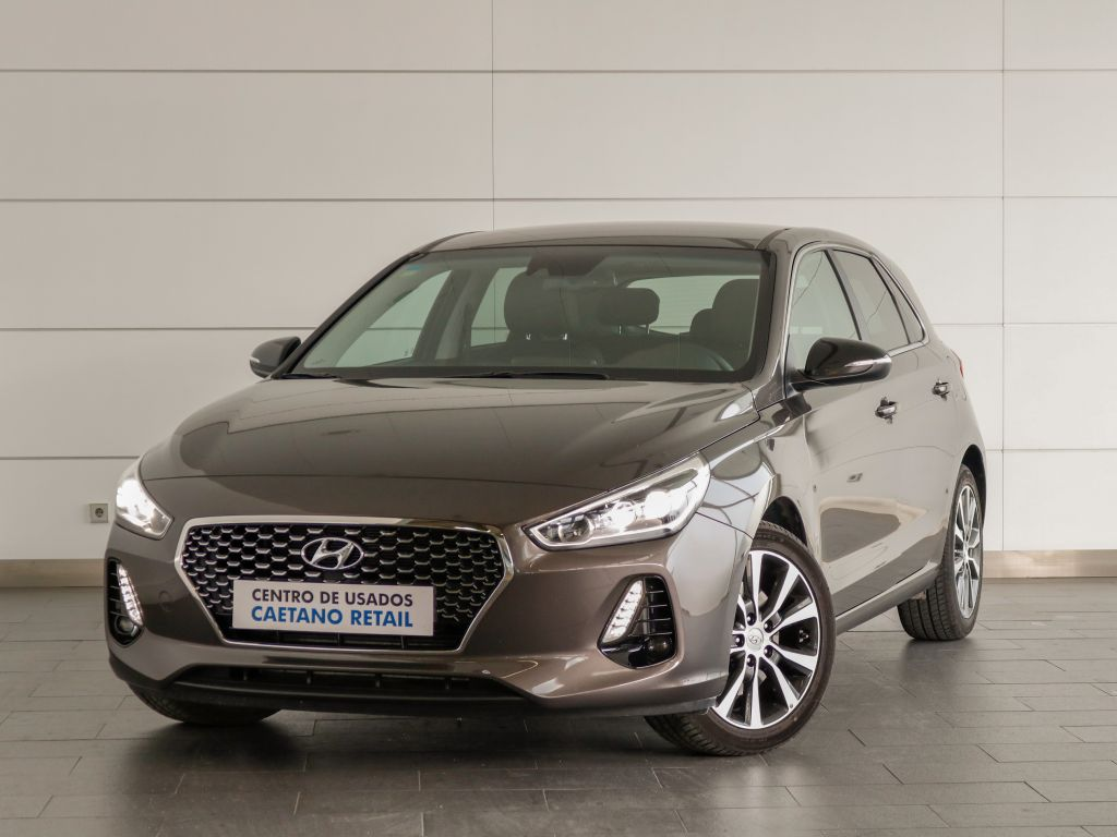 Hyundai i30 5P 1.6 CRDi STYLE + LED  segunda mão Lisboa