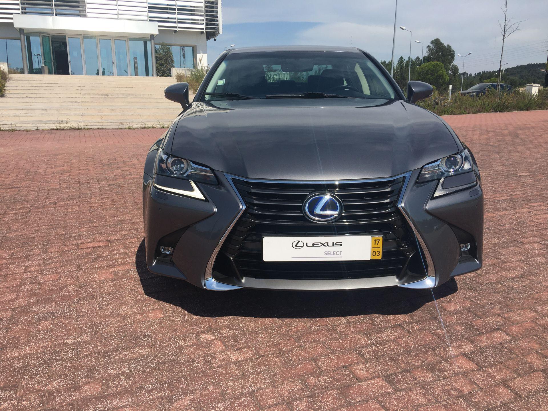 Lexus GS300h 300h Executive+ segunda mão Coimbra
