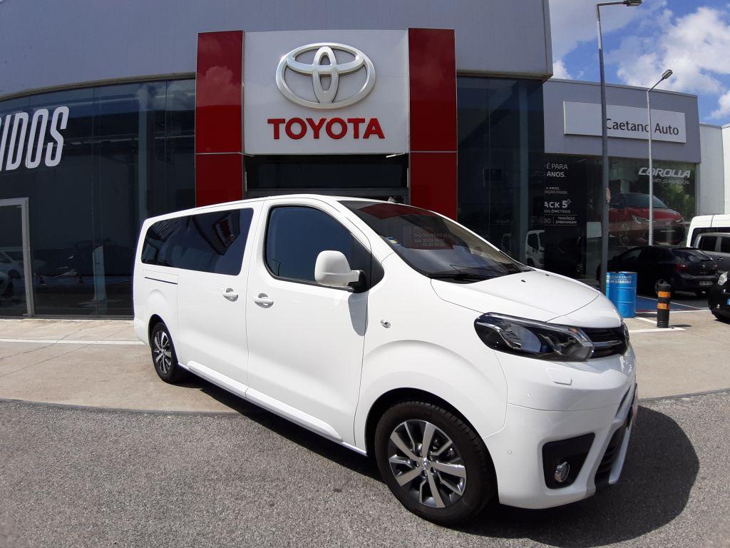 Toyota Proace Verso  Exclusive 9L L2 1.6D 115cv 1.2T segunda mão Lisboa
