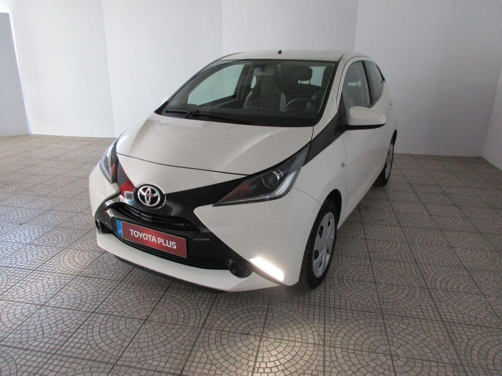 Toyota Aygo 1.0 VVT-i x-play x-touch usada Coimbra
