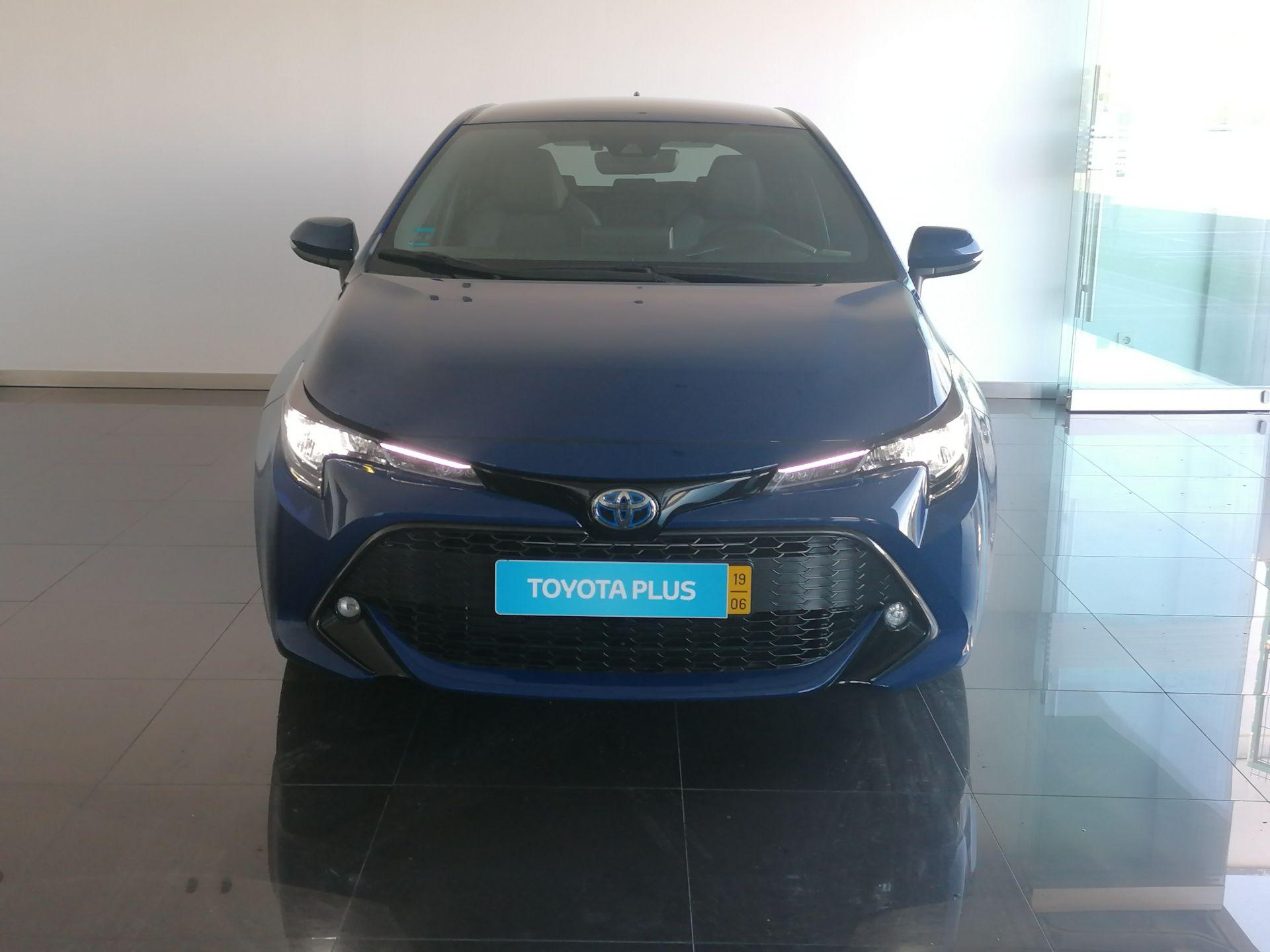 Toyota COROLLA HB Confort+Pack Sport usada Coimbra