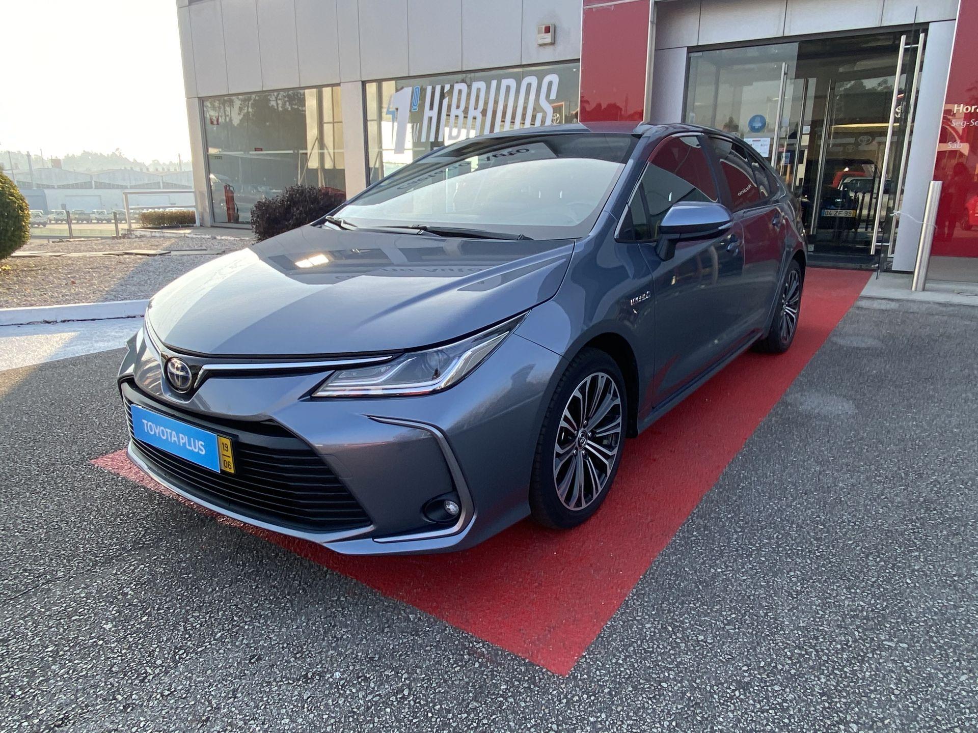 Toyota Corolla 1.8 Hybrid Exclusive usada Aveiro