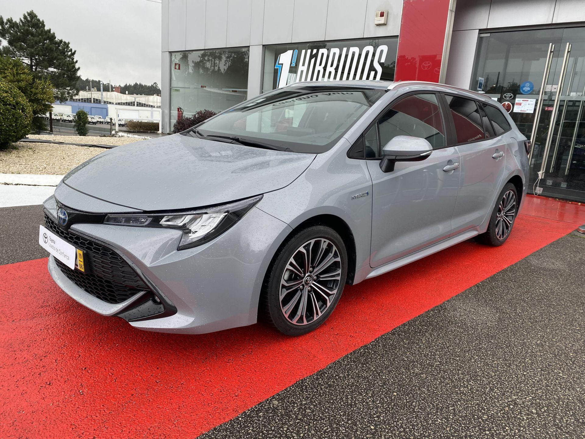 Toyota Corolla 1.8 Hybrid Comfort+Pack Sport usada Aveiro