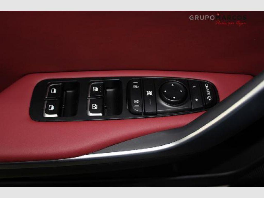 Kia Stinger 3.3 T-GDi 269kW (366CV) GT 4x4