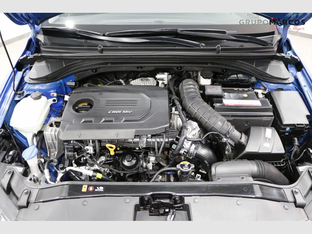 Hyundai Elantra 1.6 CRDi Tecno