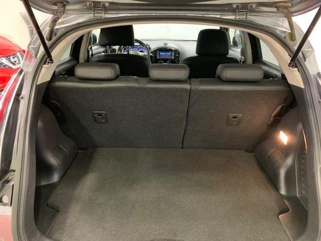 Nissan JUKE G E6D-Temp 83 kW(112 CV) 5M/T N-CONNECTA