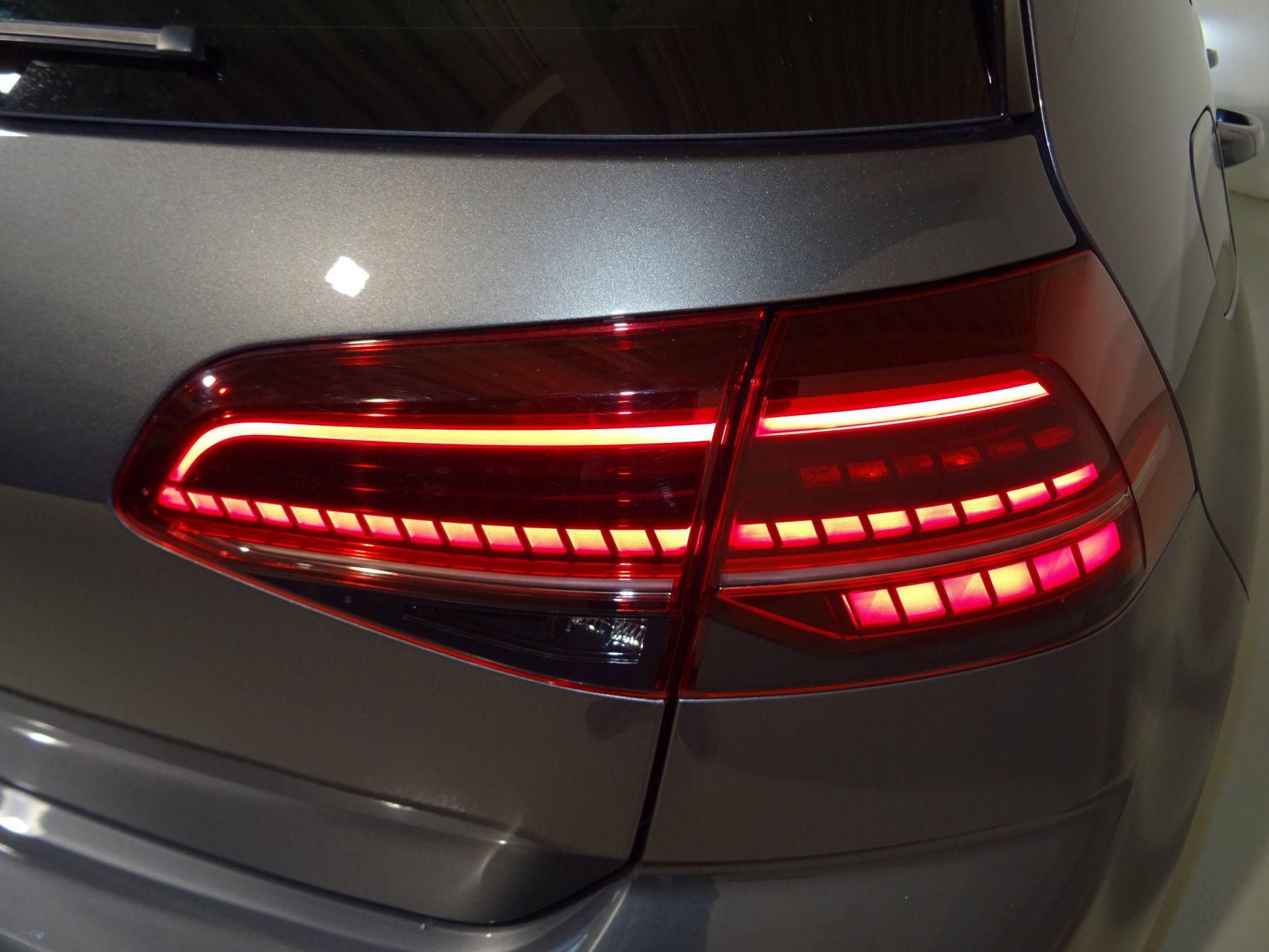 Volkswagen Golf R 2.0 TSI 221kW (300CV) 4Motion DSG