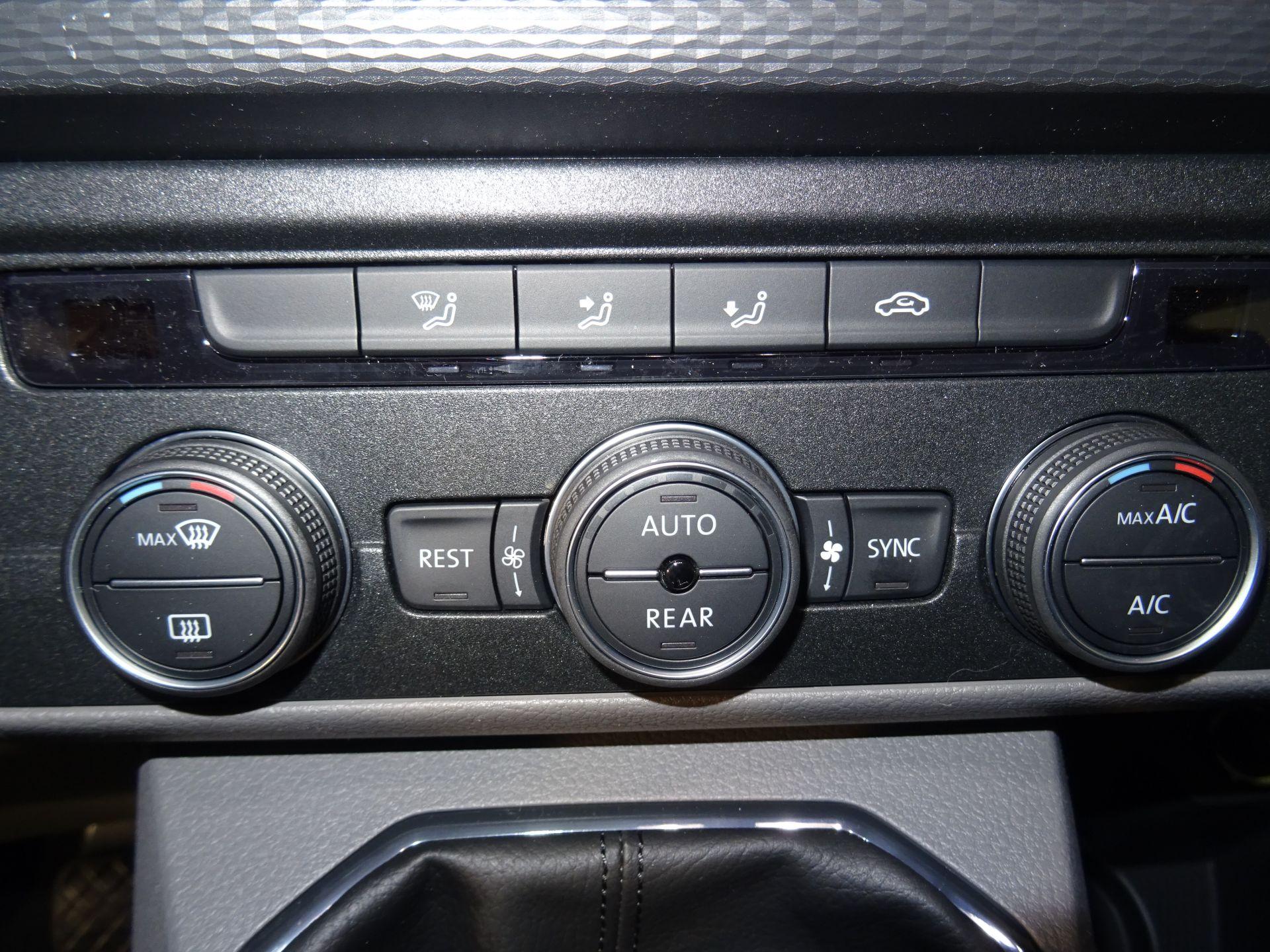 Volkswagen Caravelle Origin Corta 2.0 TDI 81kW (110CV) BMT