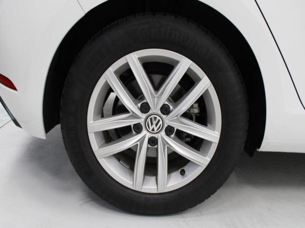Volkswagen Golf Advance 1.5 TSI Evo BM 96 kW (130 CV)