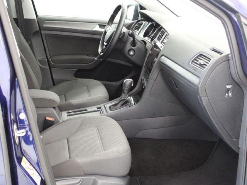 Volkswagen Golf  1.5 TSI Evo Advance DSG7 110kW
