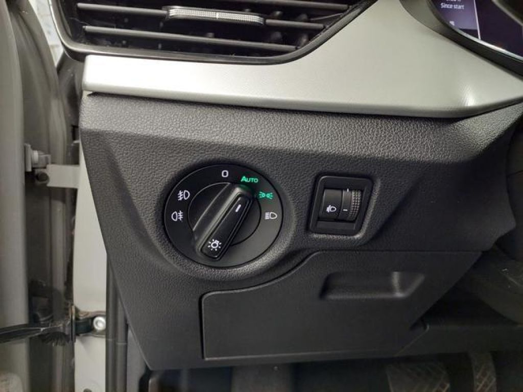 Skoda Scala 1.6 TDI Ambition DSG 85 kW (115 CV)