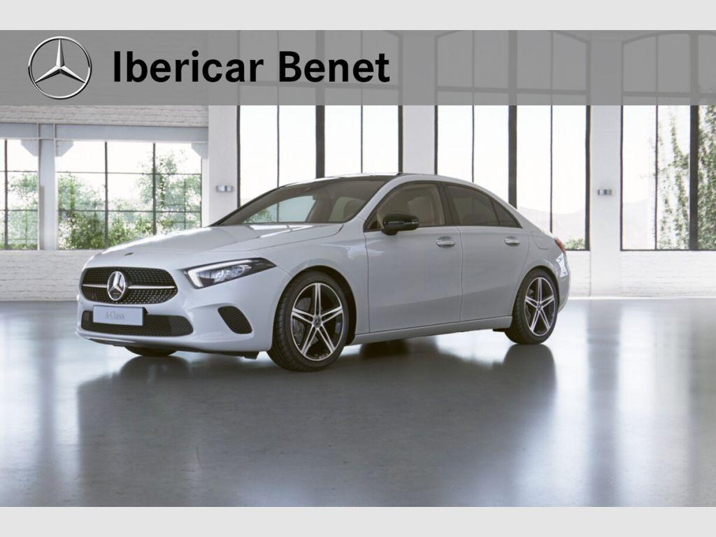 Mercedes Benz Clase A Sedán 180 d segunda mano Málaga