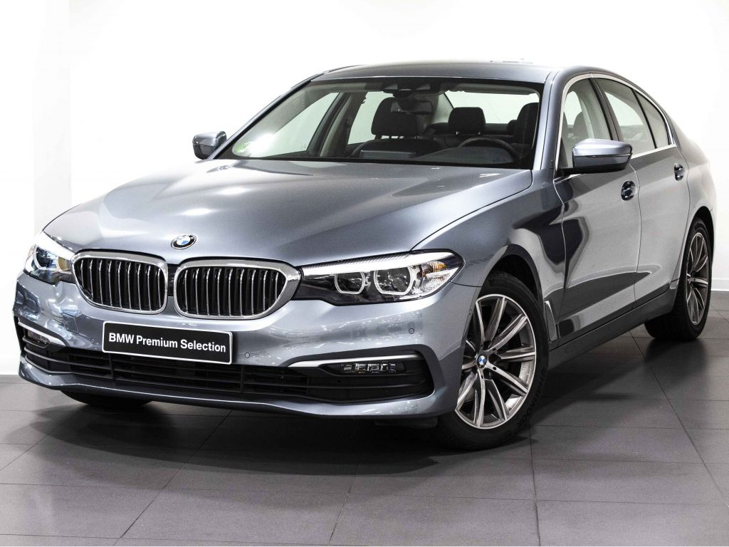 BMW Serie 5 520iA segunda mano Madrid