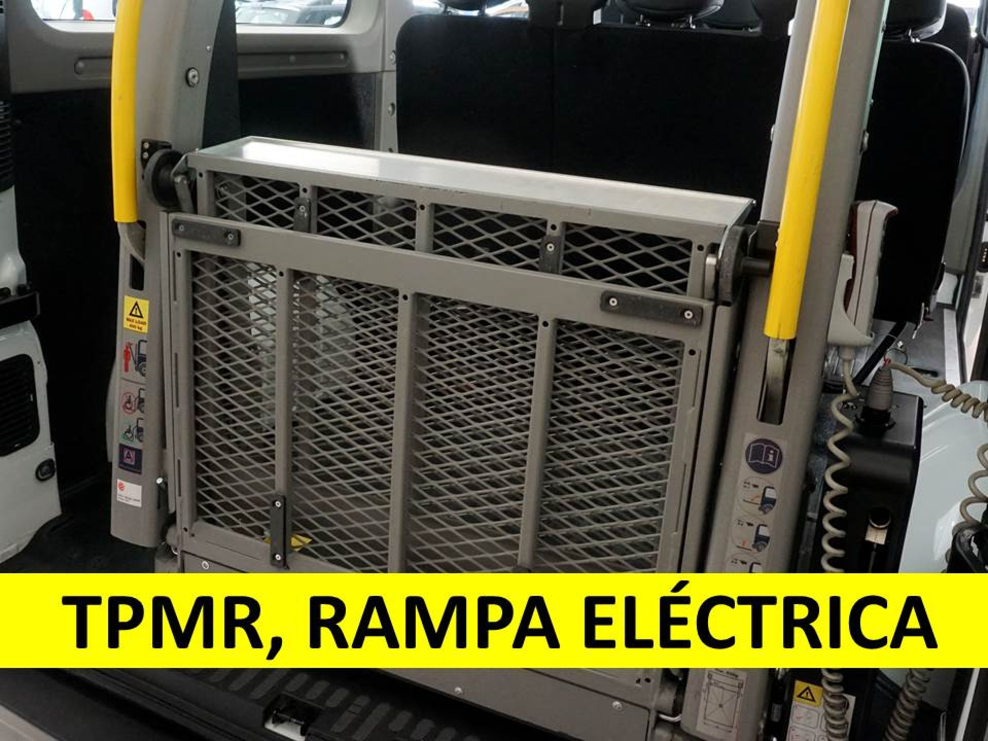 Renault Master Combi 9 L2H2 3500 dCi 107kW (145CV) E6 segunda mano Pontevedra