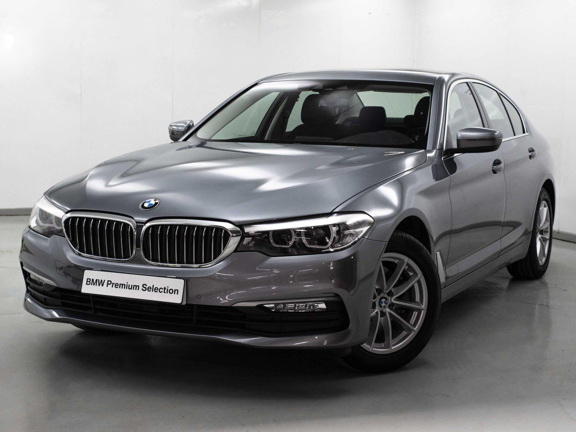 BMW Serie 5 520dA segunda mano Madrid