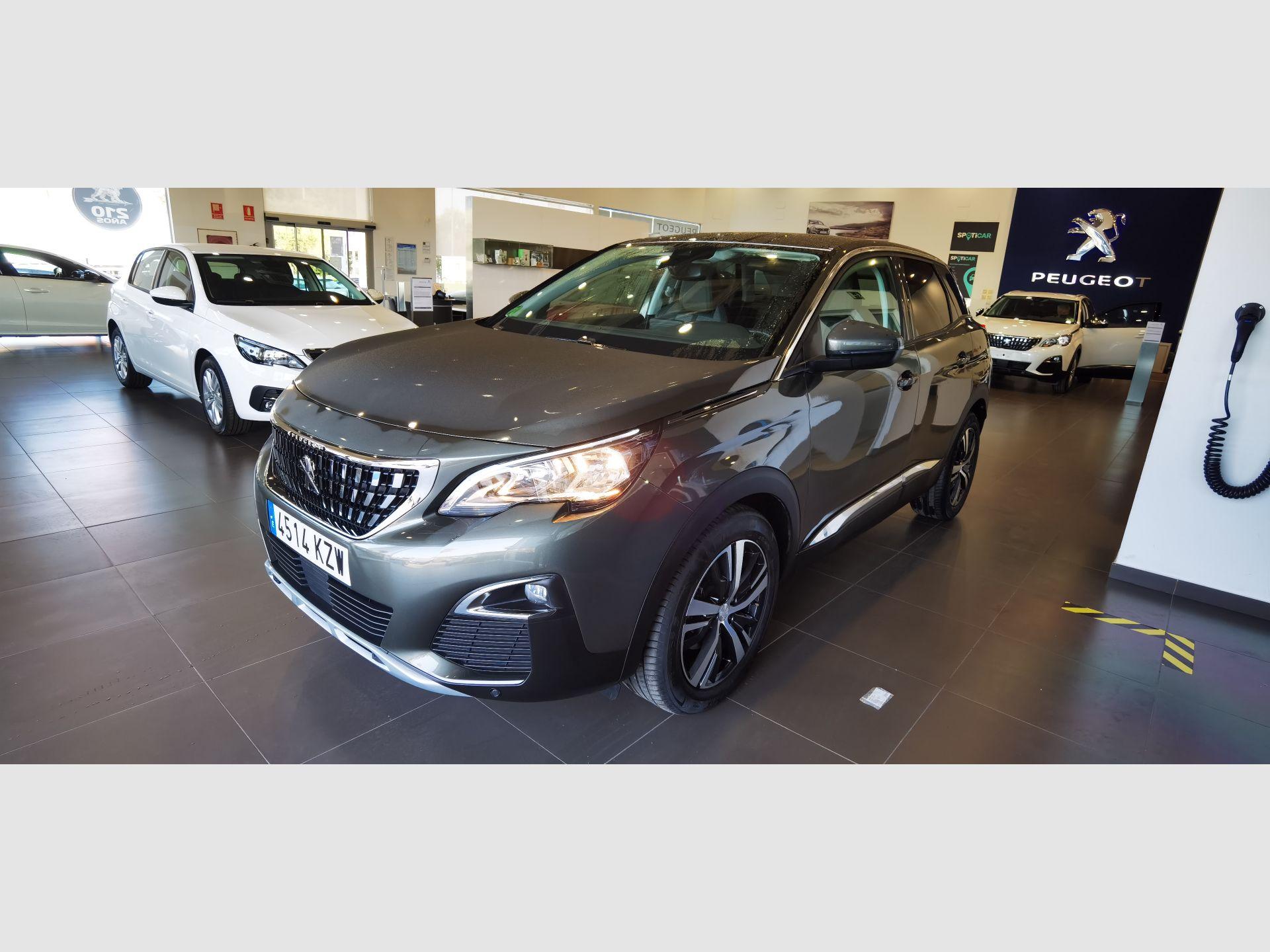 Peugeot 3008 1.2 PURETECH 96KW (130CV) ALLURE S&S segunda mano Cádiz