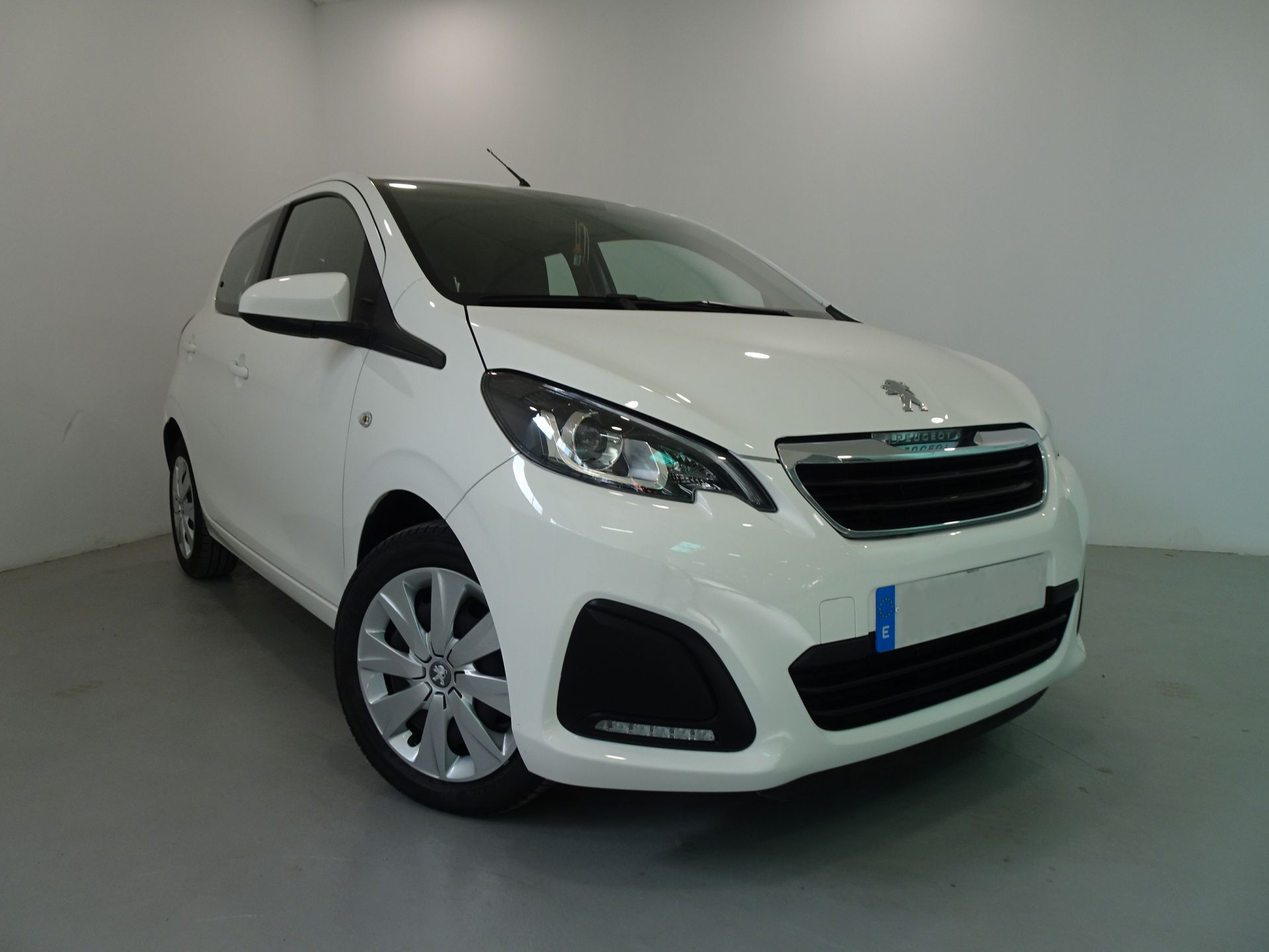 Peugeot 108 1.2 PureTech 60KW (82CV) segunda mano Cádiz