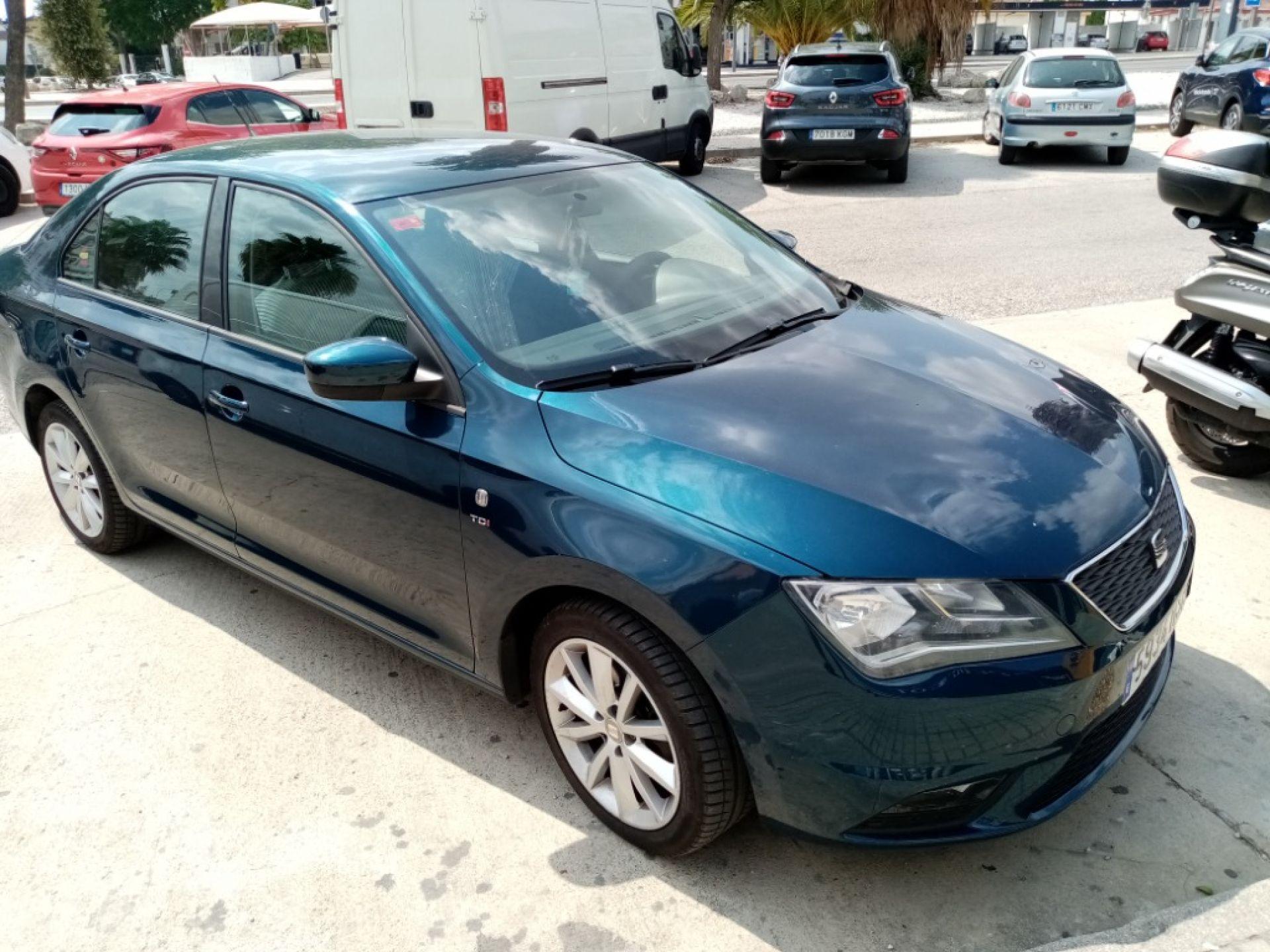 SEAT Toledo 1.6 TDI 105cv Reference segunda mano Cádiz