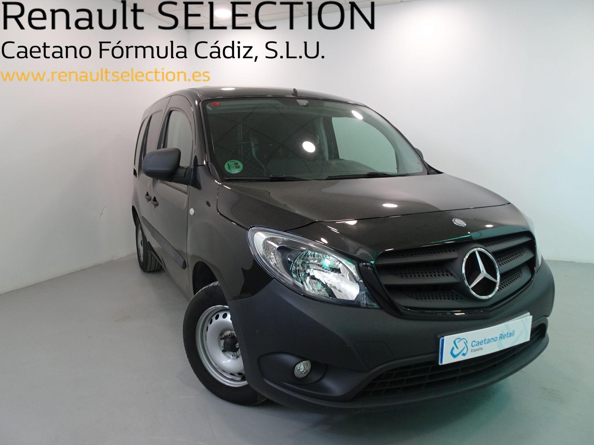 Mercedes Benz Citan 109 CDI Furgón Largo segunda mano Cádiz