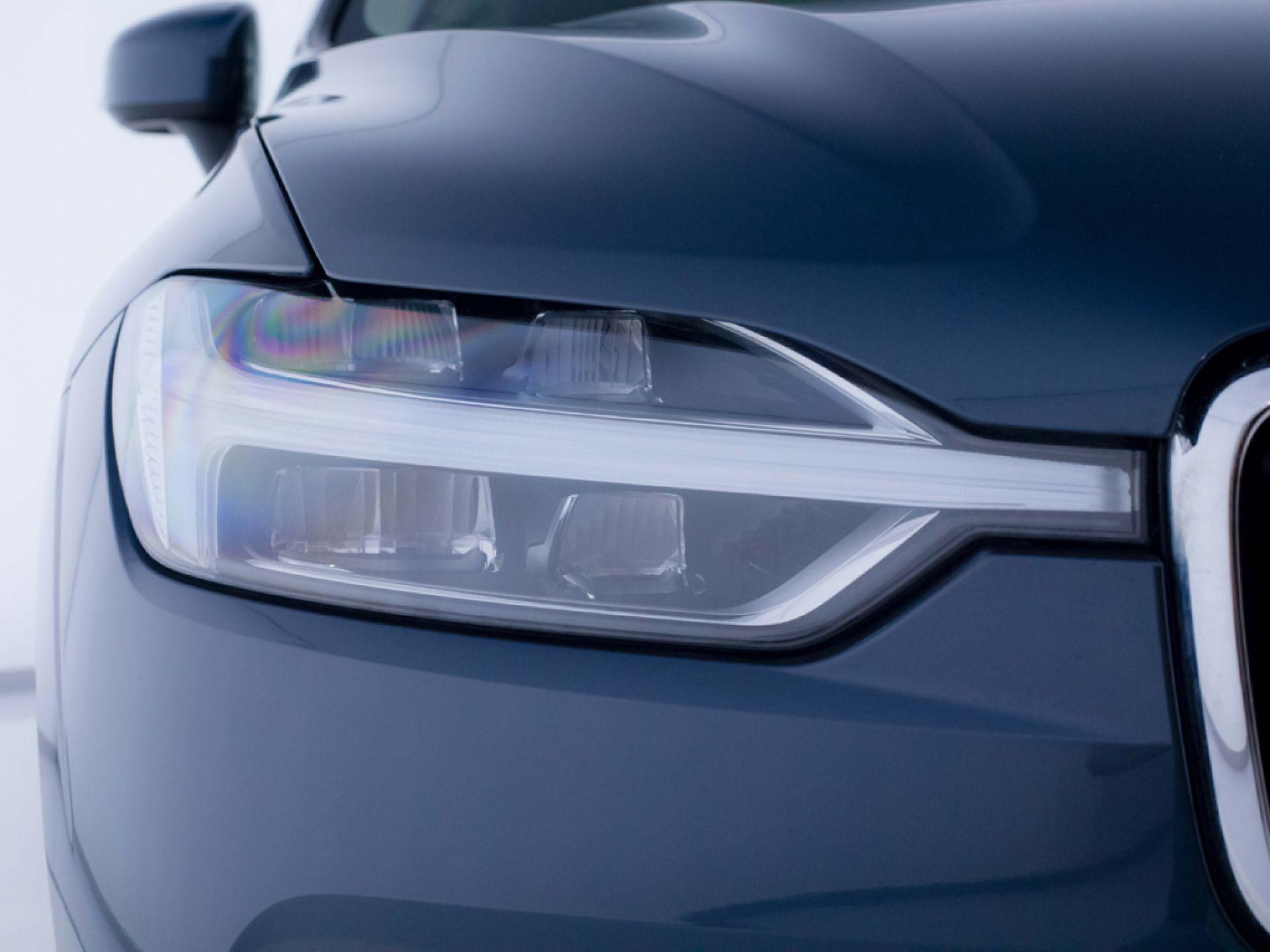 Volvo XC60 2.0 T5 AWD Momentum Auto