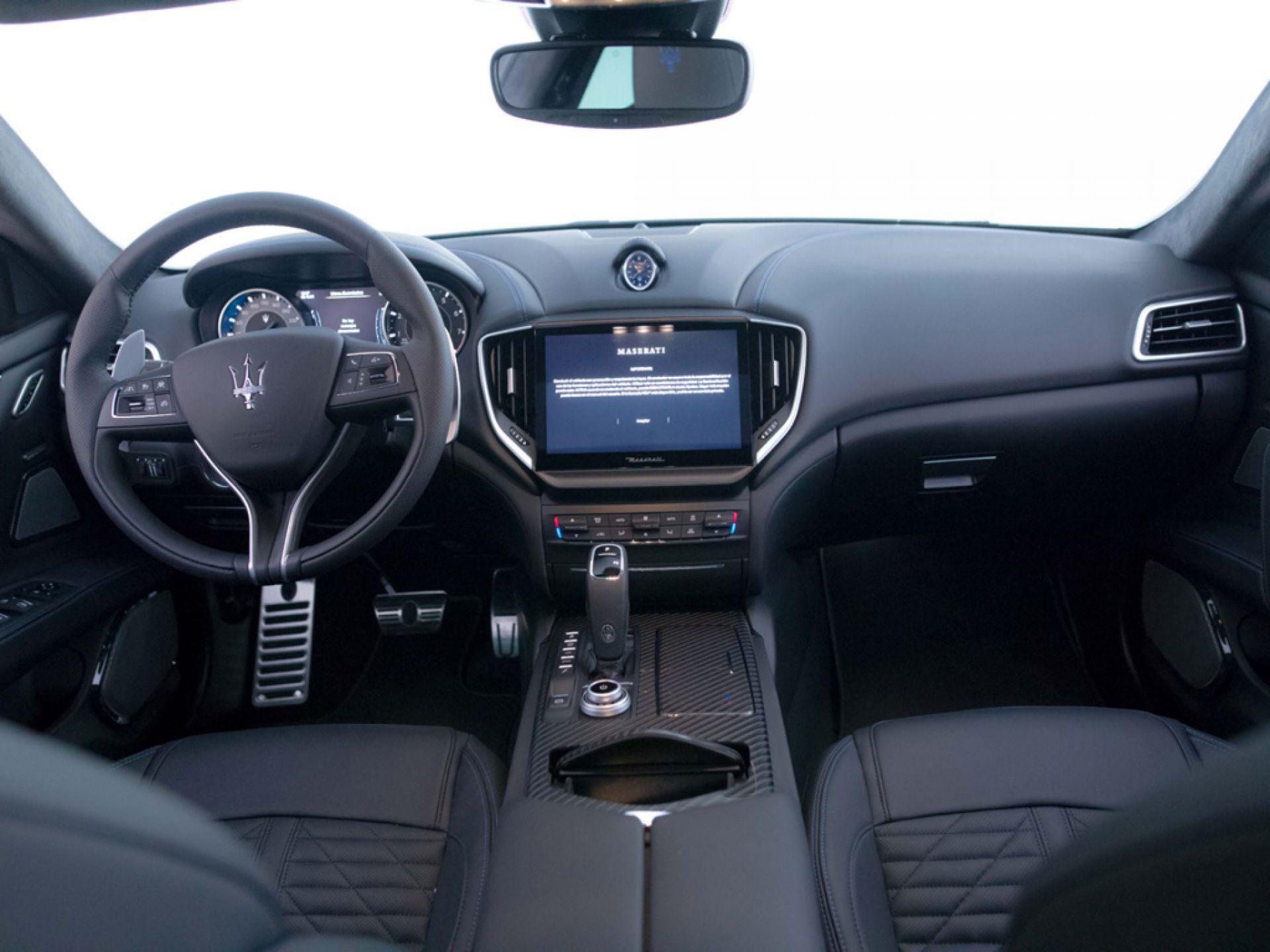 Maserati Ghibli GranSport 2.0 L4 Hybrid-Gasolina