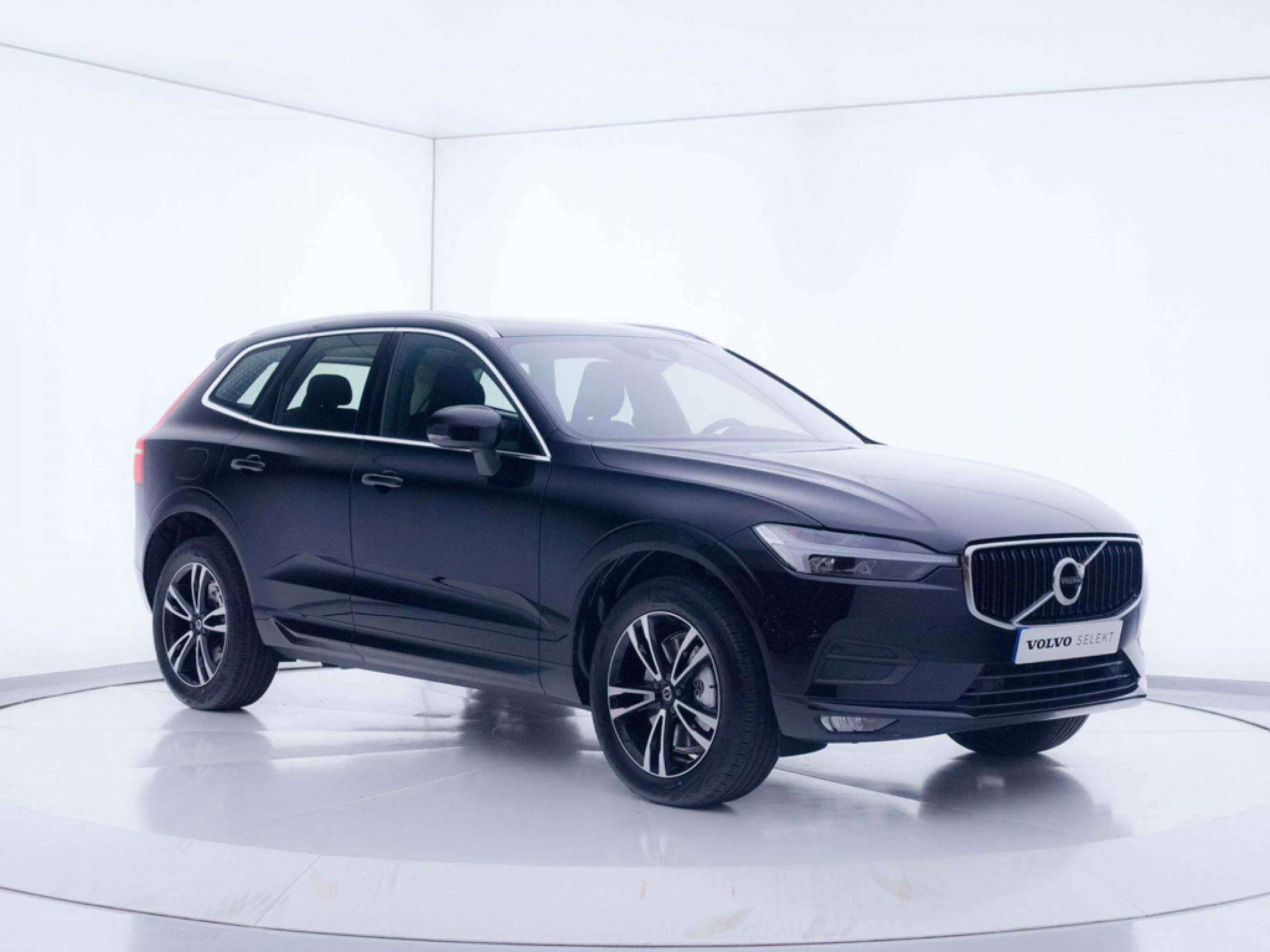 Volvo XC60 2.0 B4 D AWD Momentum Pro Auto