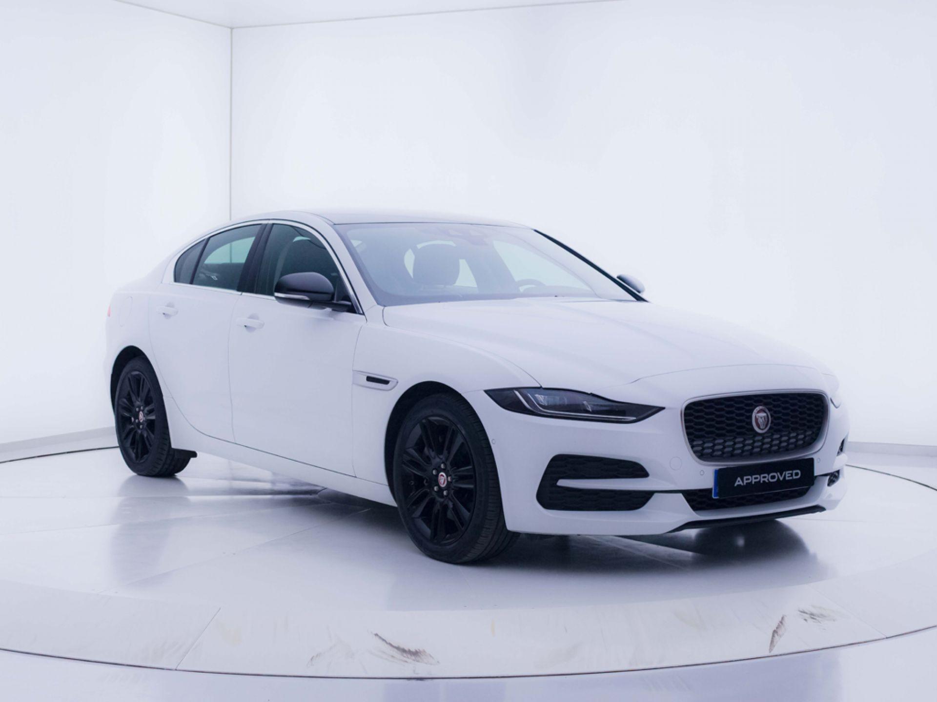 Jaguar XE 2.0D I4 (180CV) AWD Auto SE