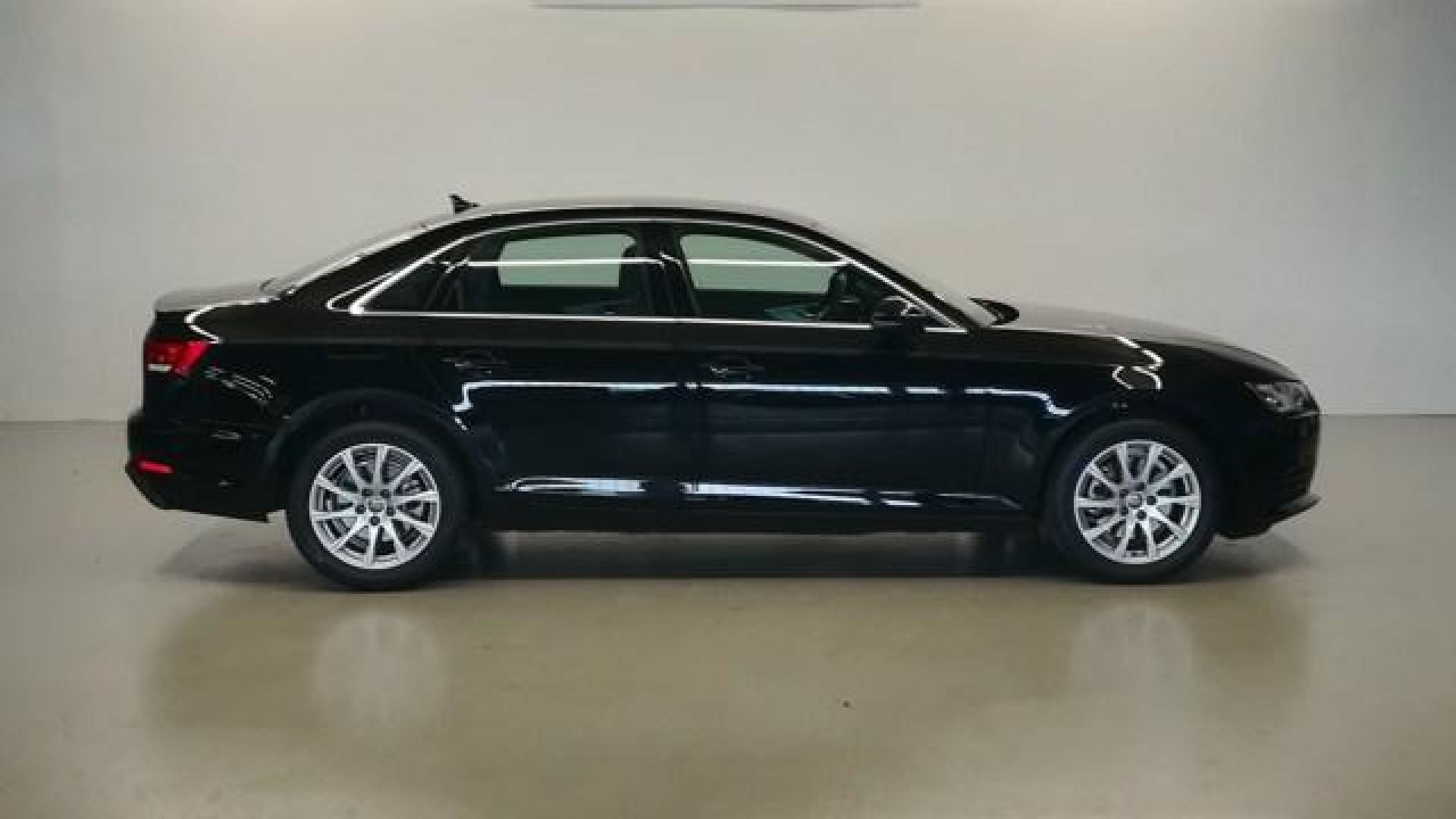 Audi A4 Advanced 35 TFSI 110kW (150CV) S tronic