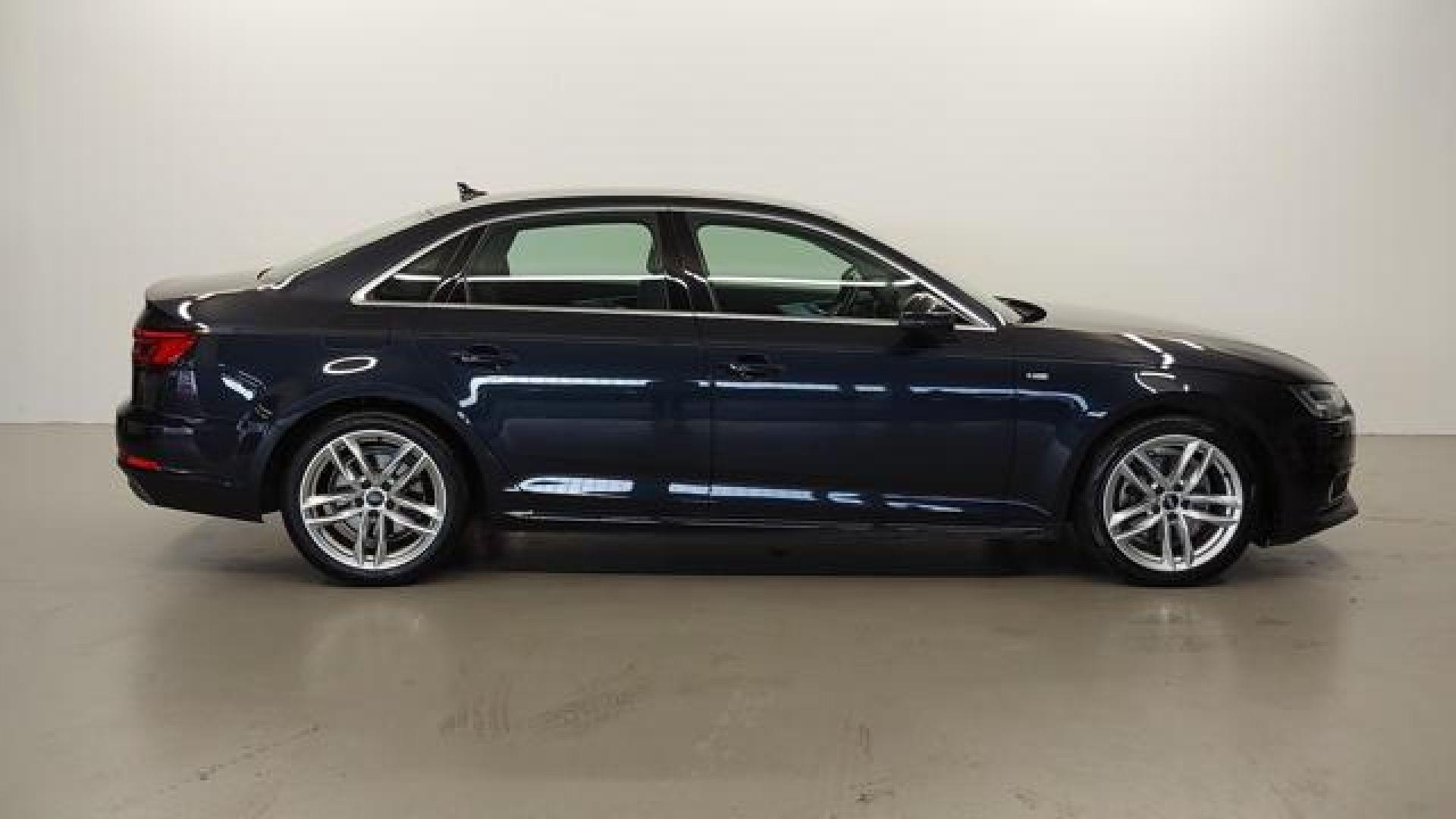 Audi A4 2.0 TDI 110kW(150CV) S line edition